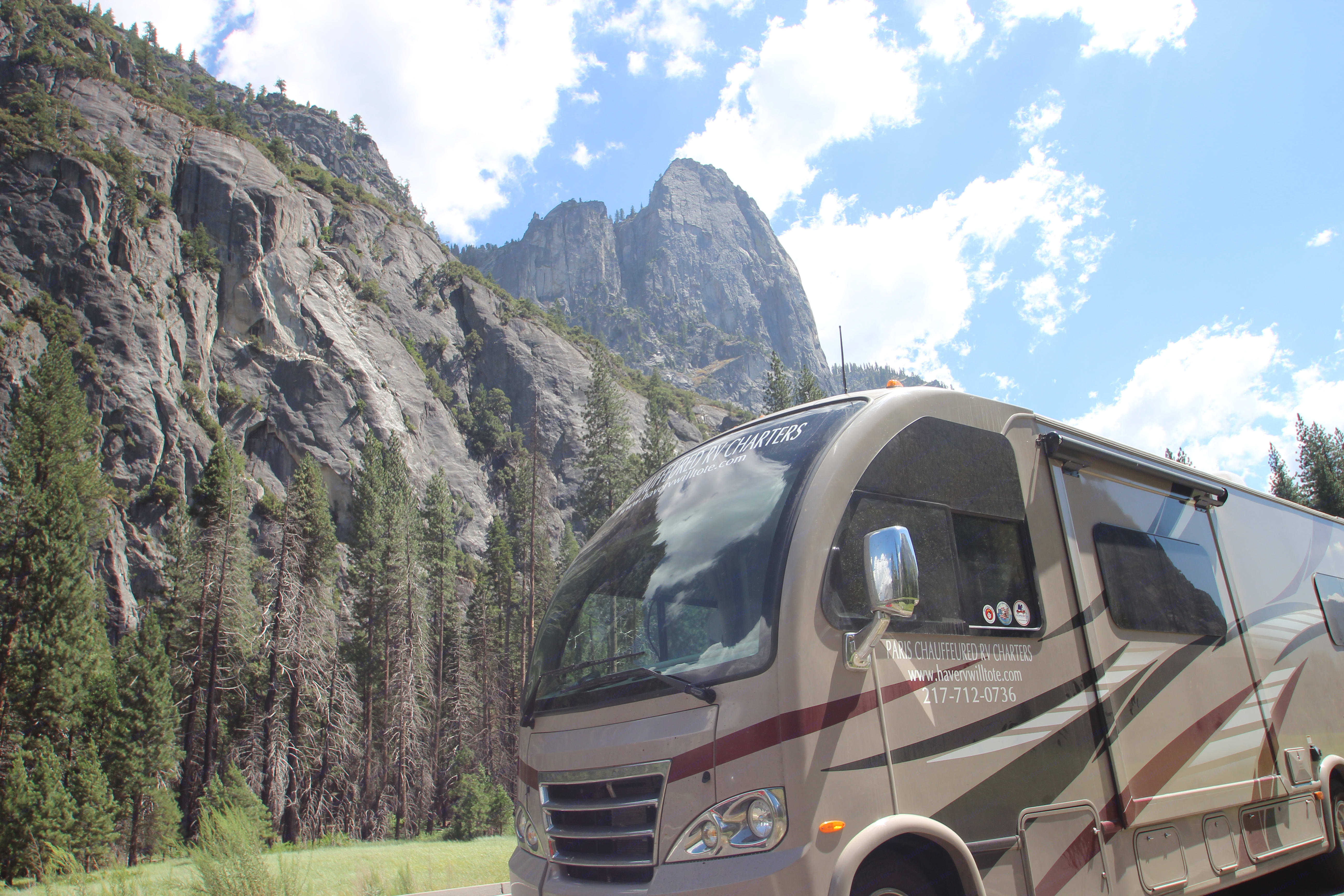 Yosemiti is worth the look.. Thor Motor Coach Axis 25.1 350 Ford 10 cylinder 2015