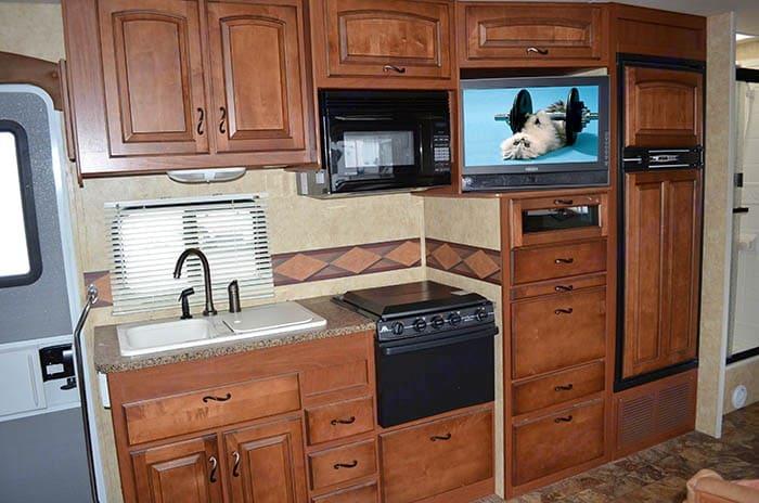 Kitchen area.. Jayco Greyhawk 2006