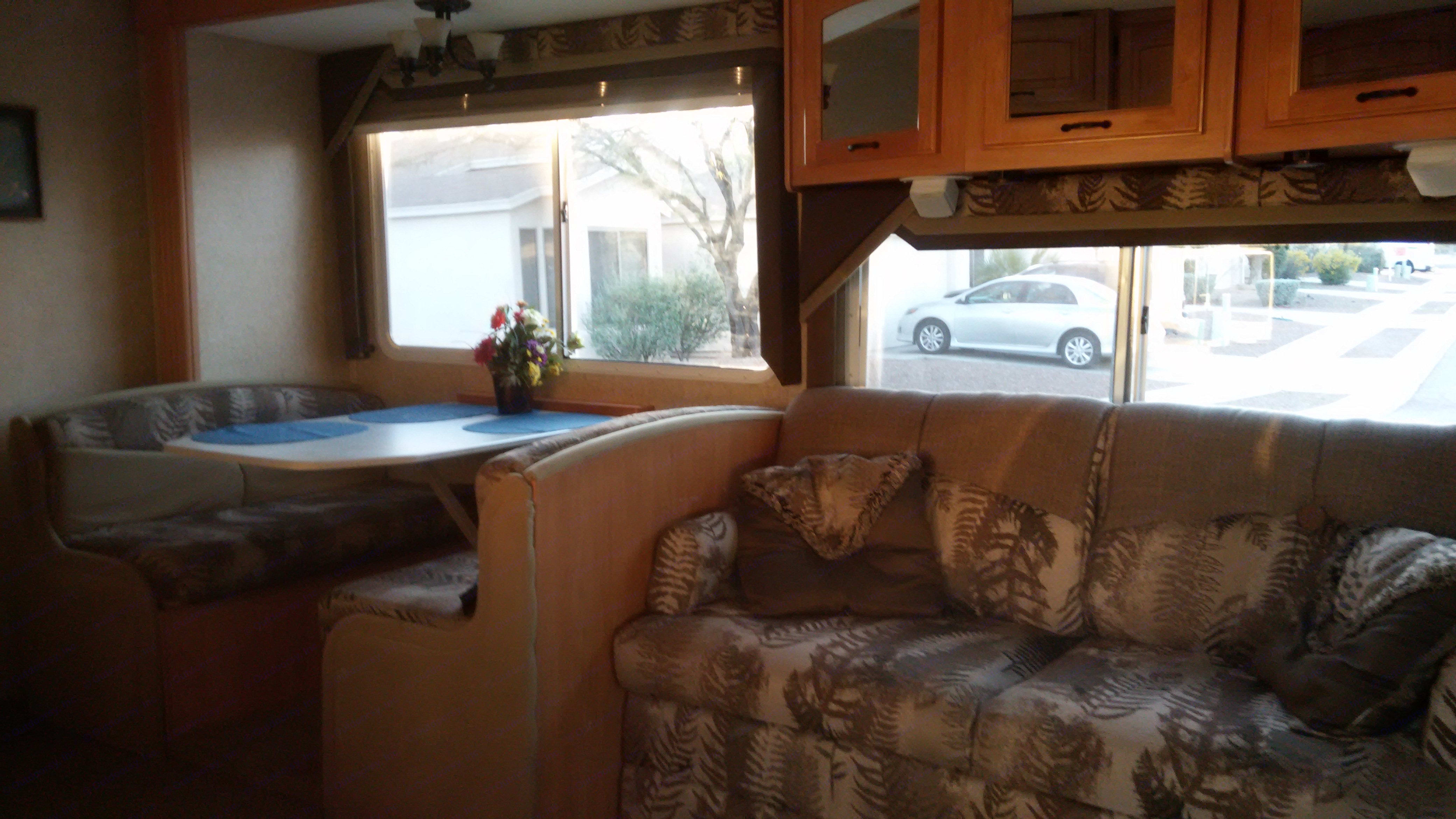 Dining and sofa. Jayco Greyhawk 2006