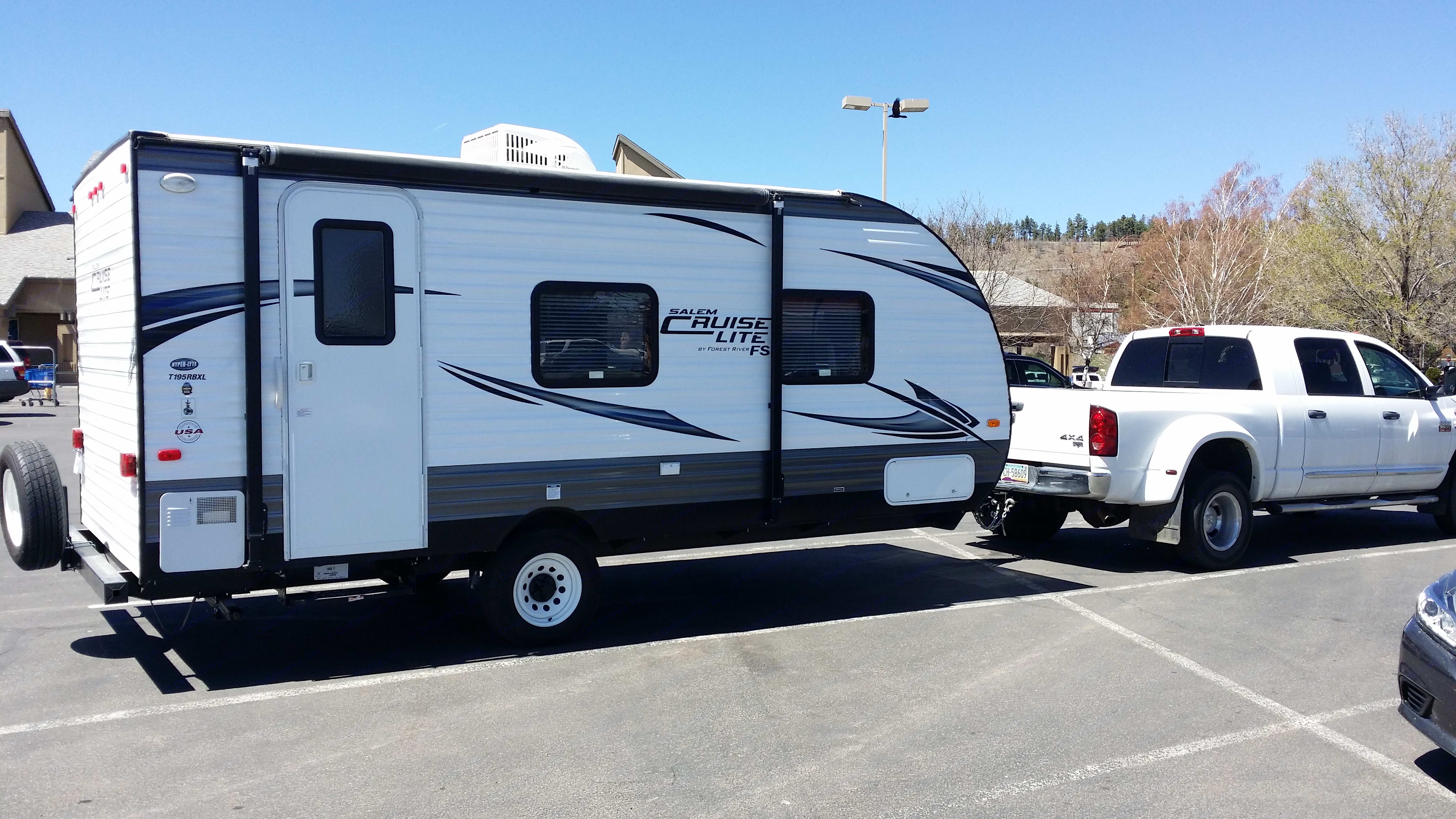 Easy to tow. Salem Cruise Lite 2017