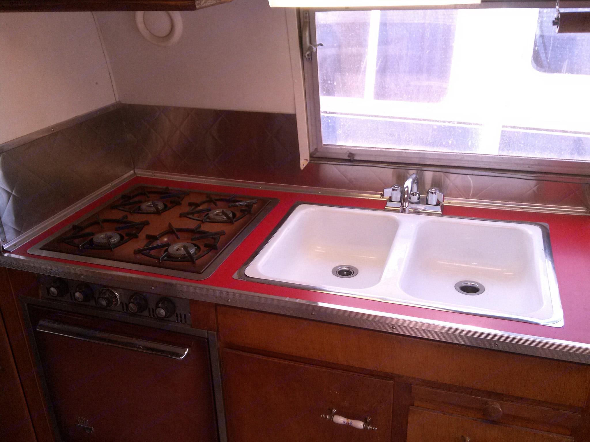 Kitchen. Airstream Tradewind 1959