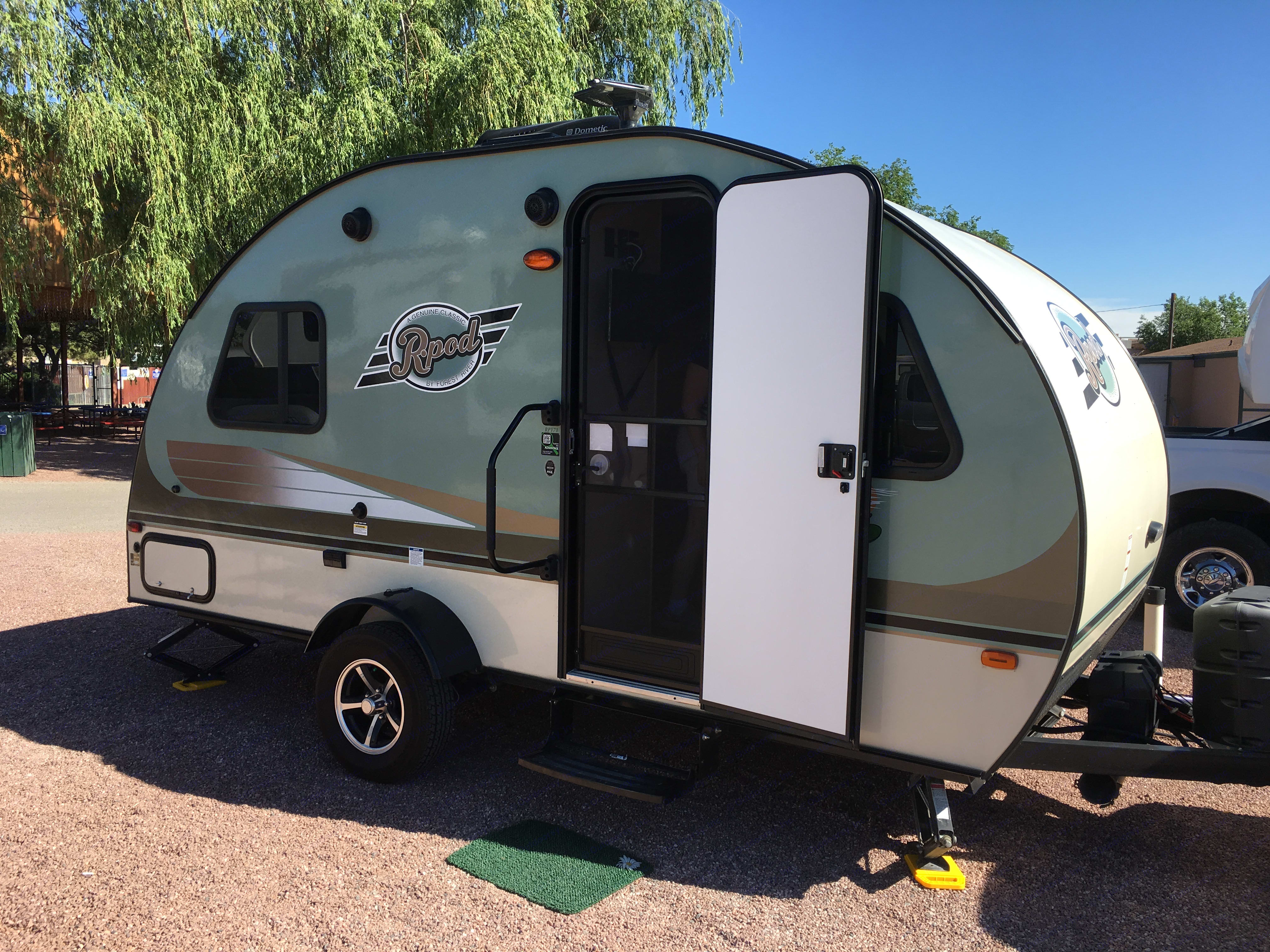Seriously, it's a great looking camper.. Forest River R-Pod 2016