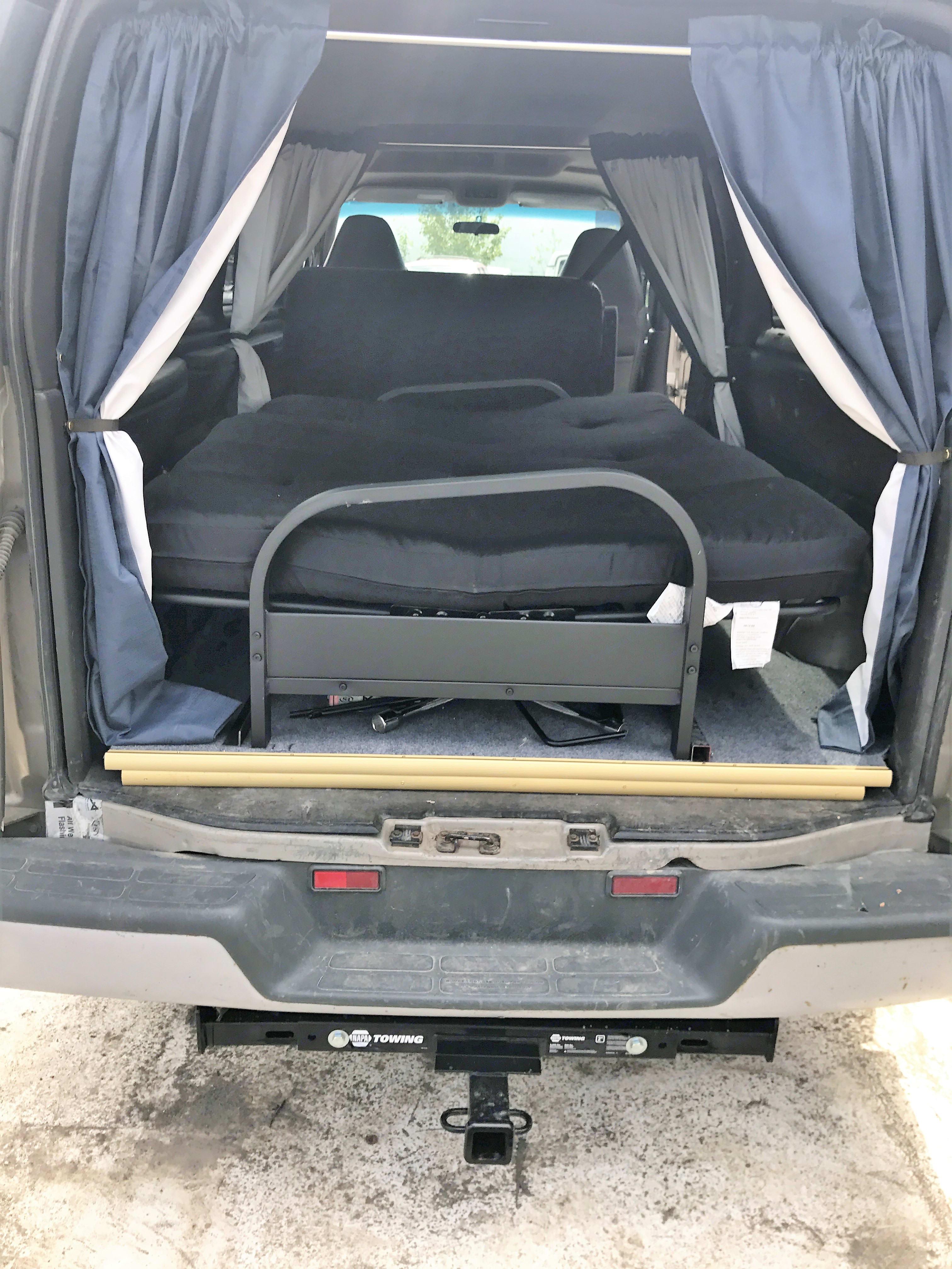 01 Chevy Camper Van. Chevrolet 3500 2001
