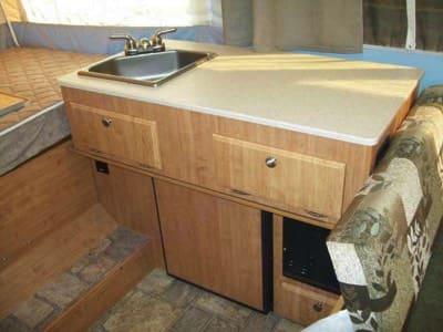 Kitchen. Forest River Flagstaff 206LTD 2021