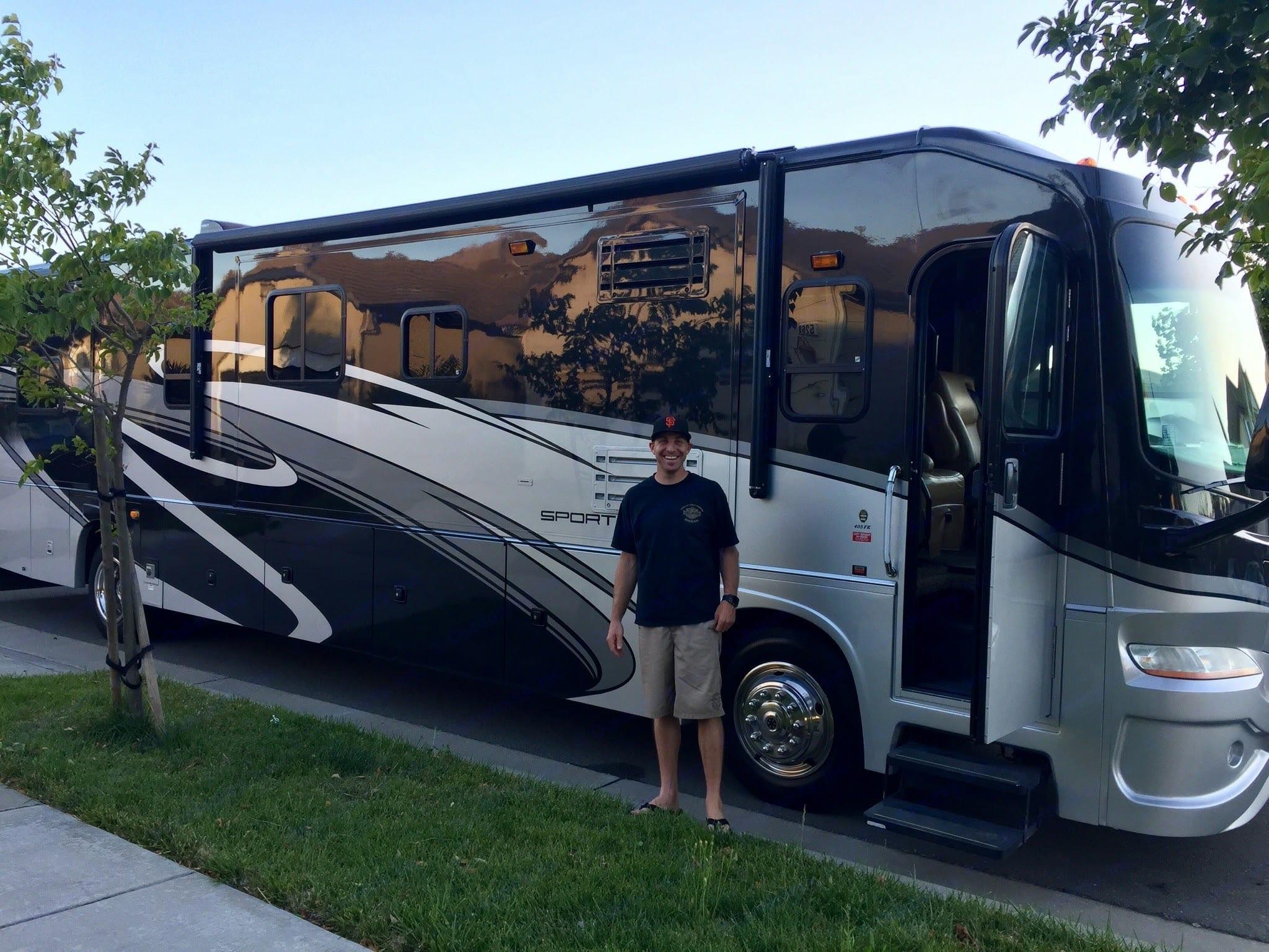 Coachmen Sportscoach Pathfinder 2009