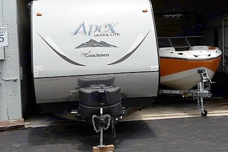 Coachmen Apex 2015