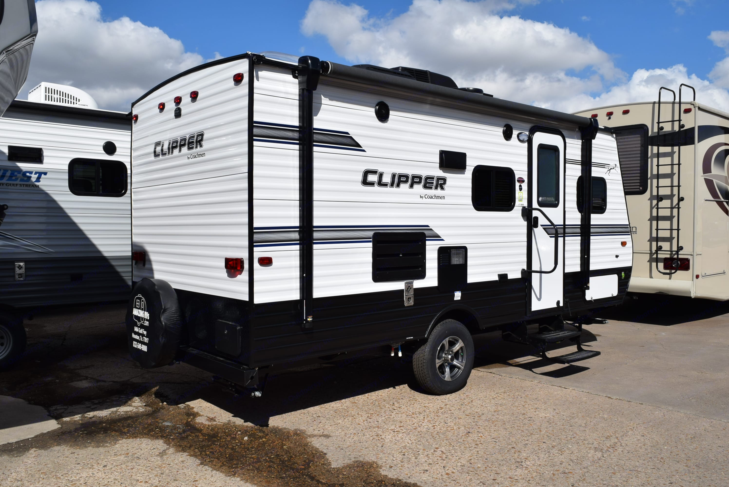 Great size makes towing easy!. Coachmen Clipper 2018