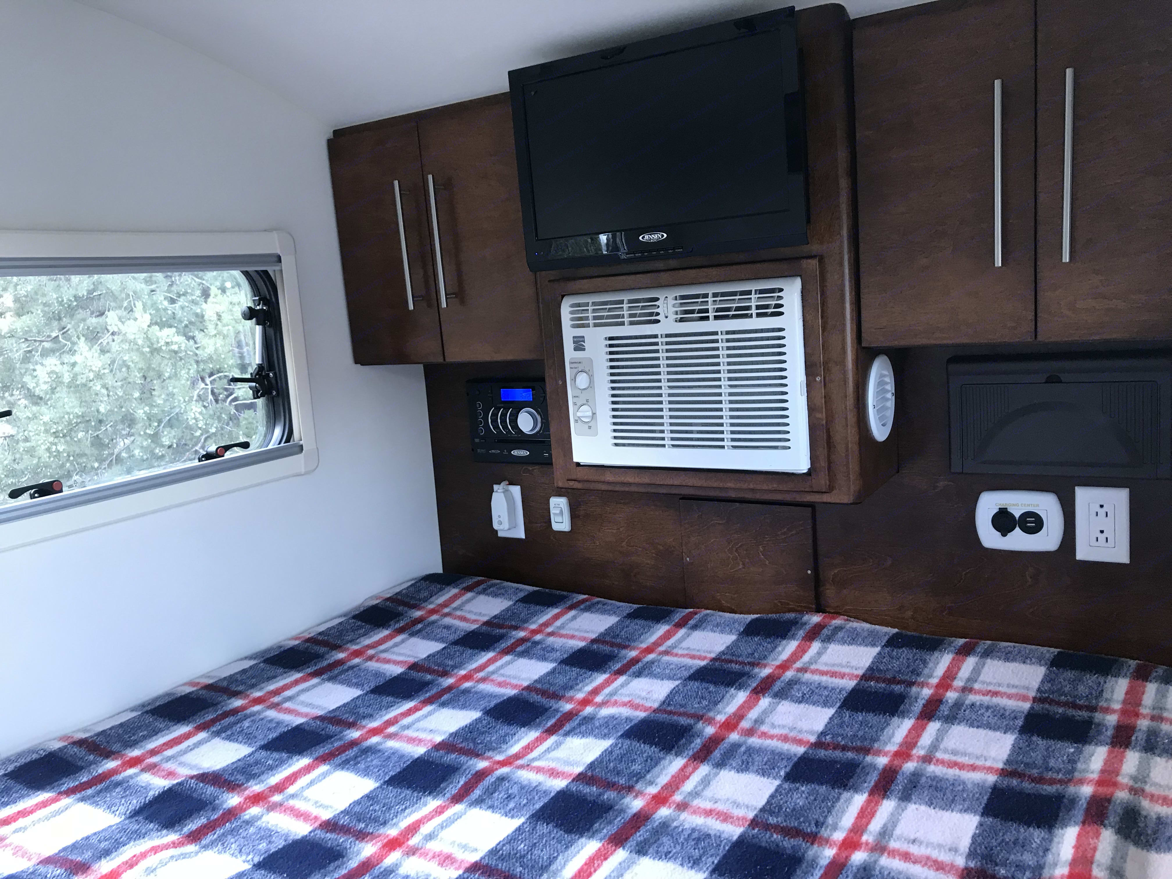Queen size bed with entertainment center/tv/radio/dvd/cd. Little Guy T@G 2016