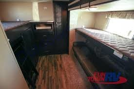 Bunk room, sleeps 2 with fold down couch. 3 children could sleep in here easy. . Dutchmen Kodiak 2015