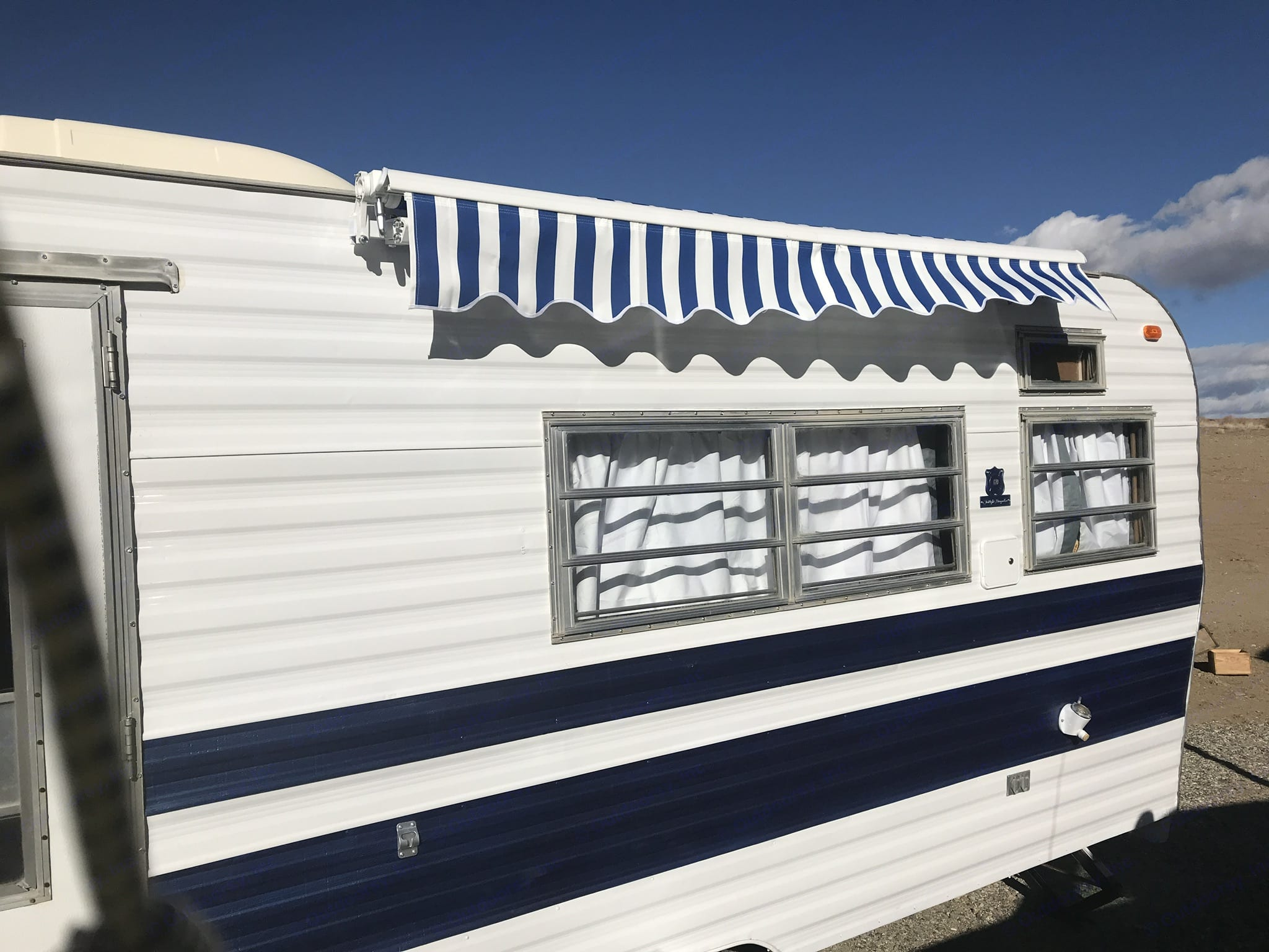 New awning & freshly painted exterior. Coleman twilight bungalo 1972
