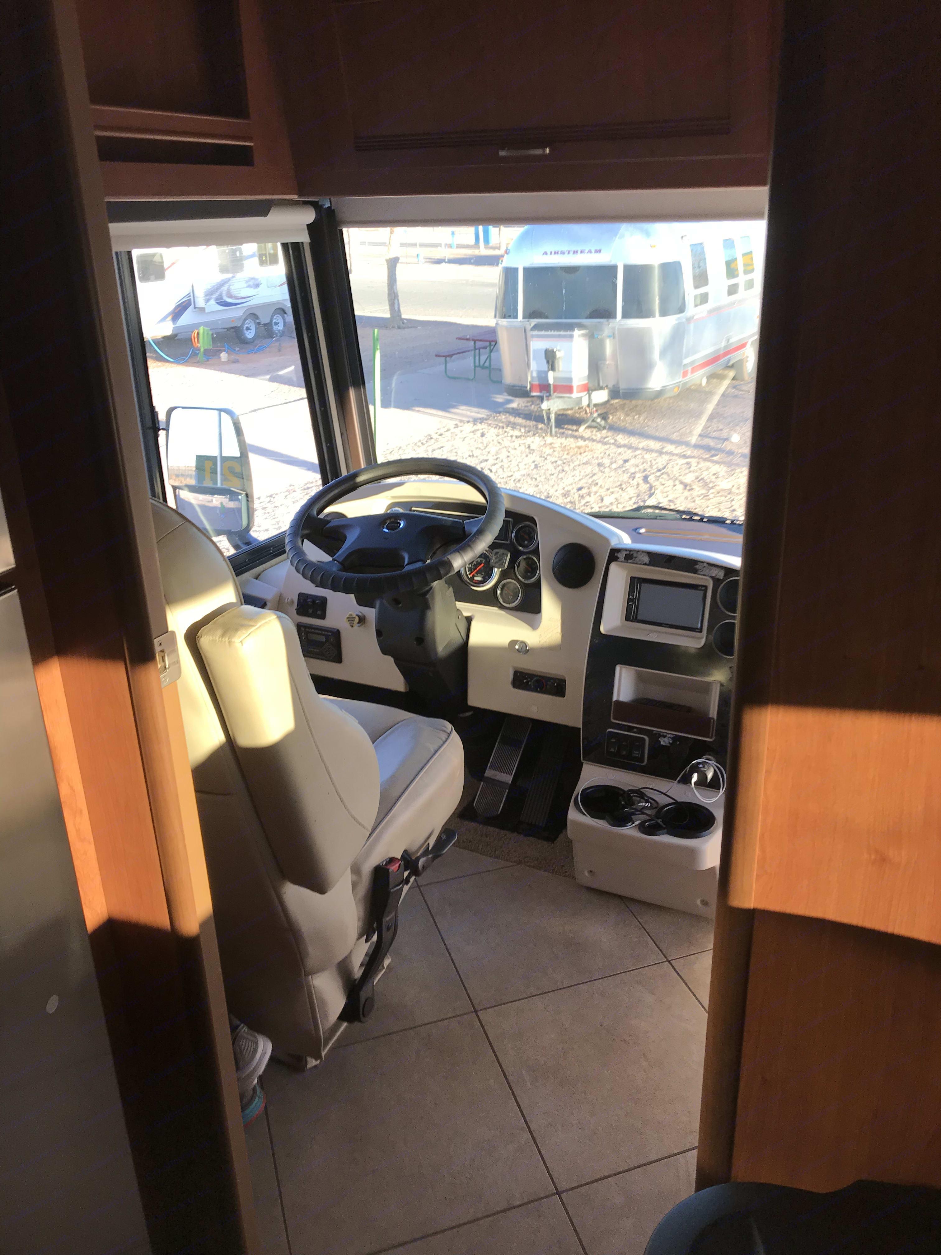 Drivers cabin. Winnebago Forza 2014