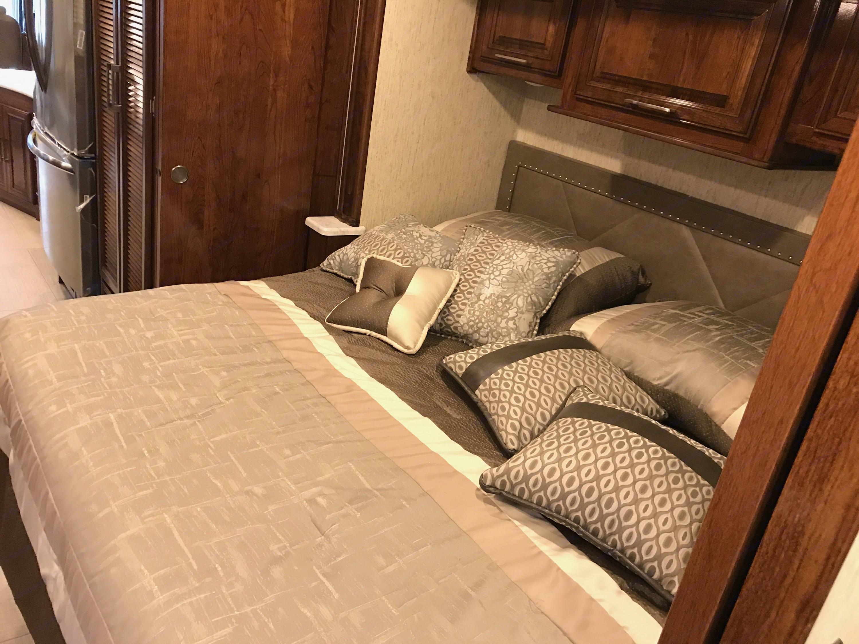 Bedroom. Coachmen Mirada 2018
