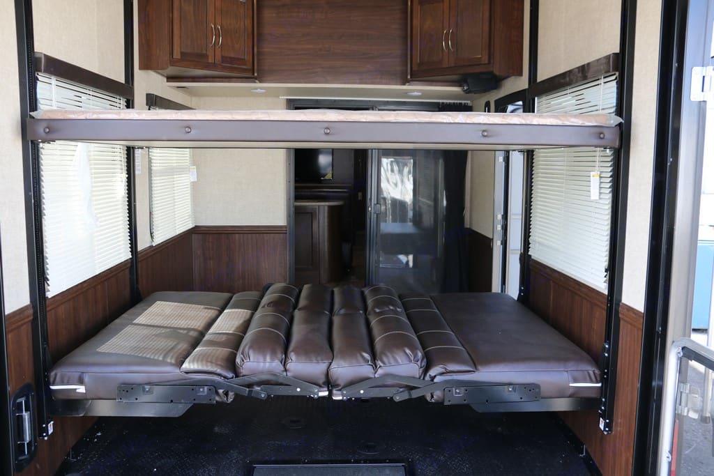 garage beds. Heartland Cycone w/Deck 2016
