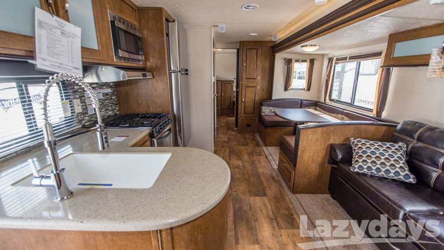 Kitchen. Forest River Wildwood 2018