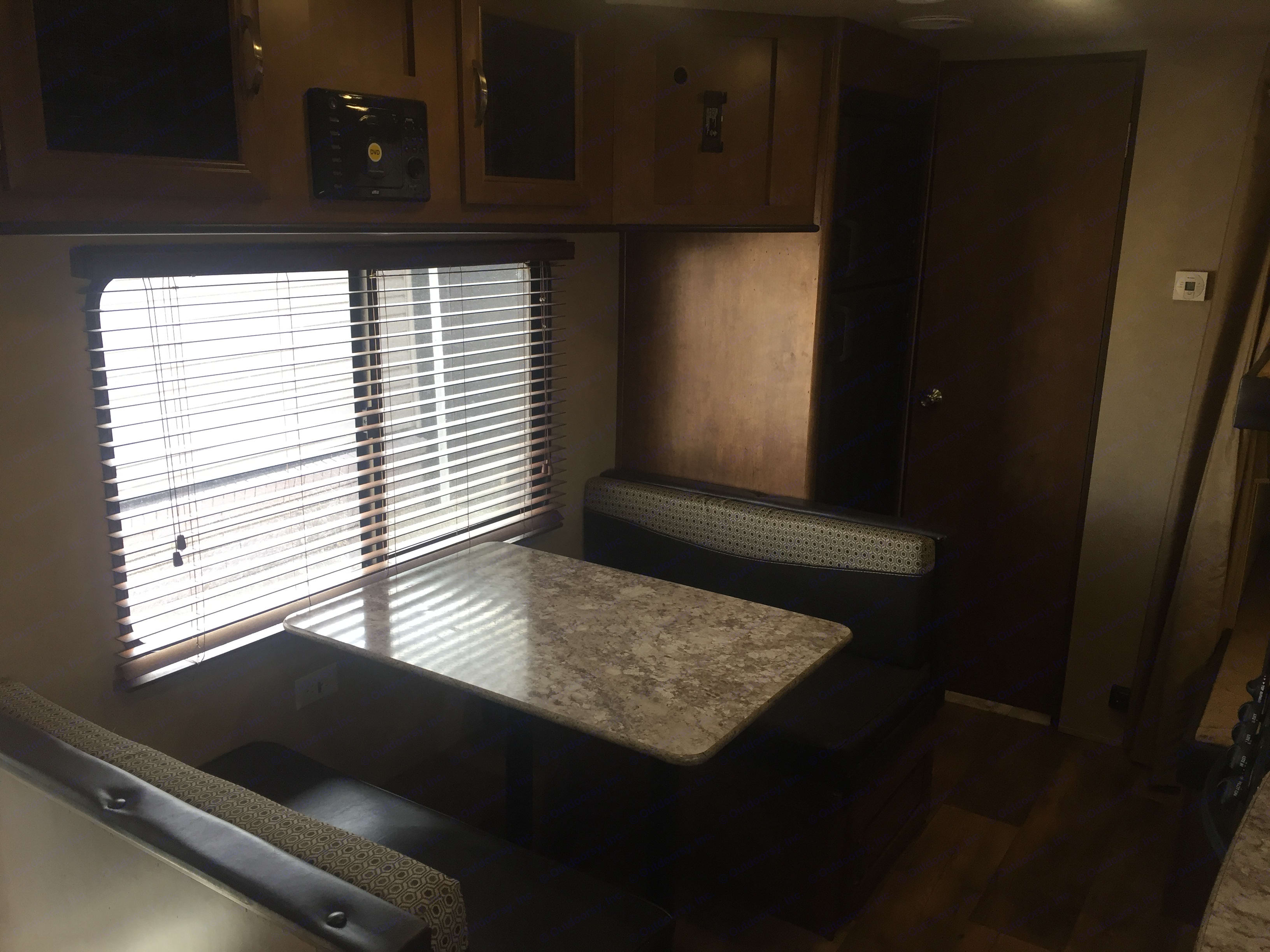 4 person dinette which fold down to be able to provide a sleeping area for two people. It is large enough to sleep someone up to 6' tall.. Forest River Salem Cruise Lite 2017