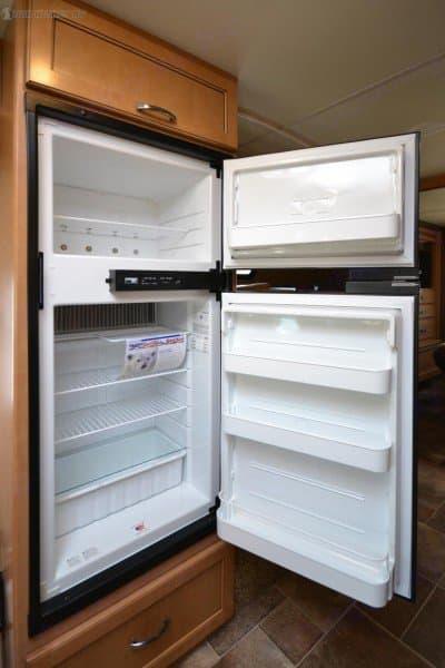 Refrigerator. Thor Motor Coach Chateau 2017