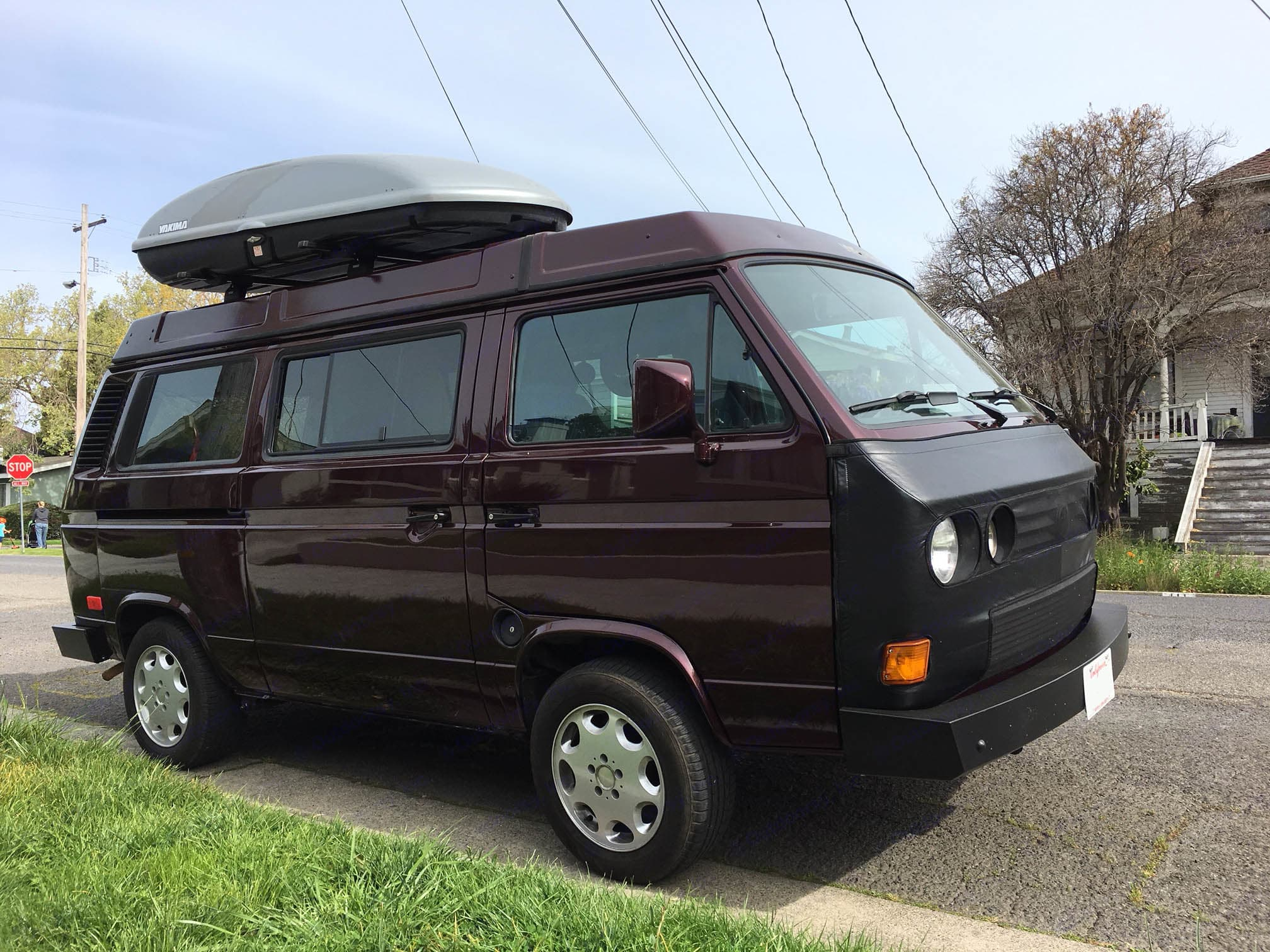 The Beautiful Westy. Top Cargo Carrier has 18 Cubic feet of additional storage.. Volkswagen Westfalia 1990