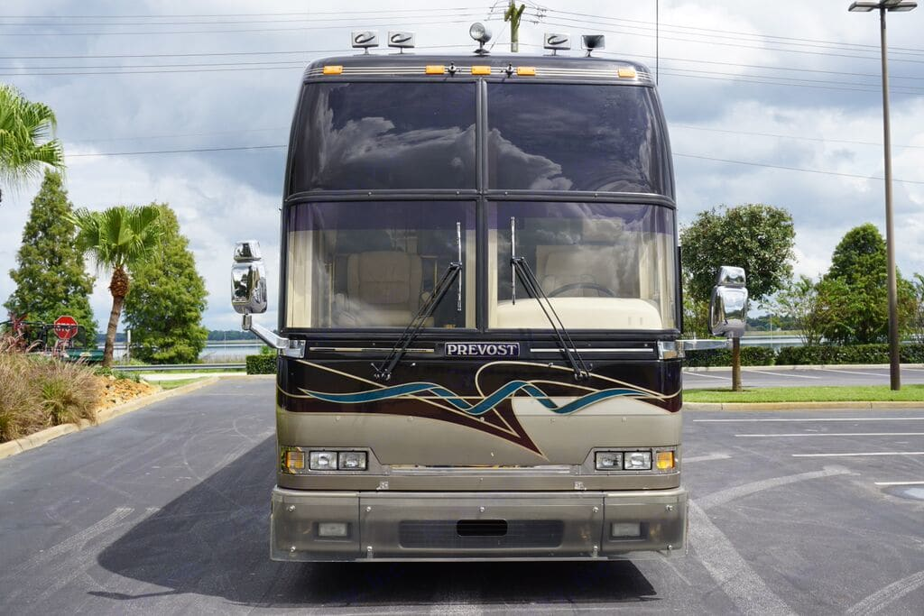 Country Coach Prevost H3-45 2000