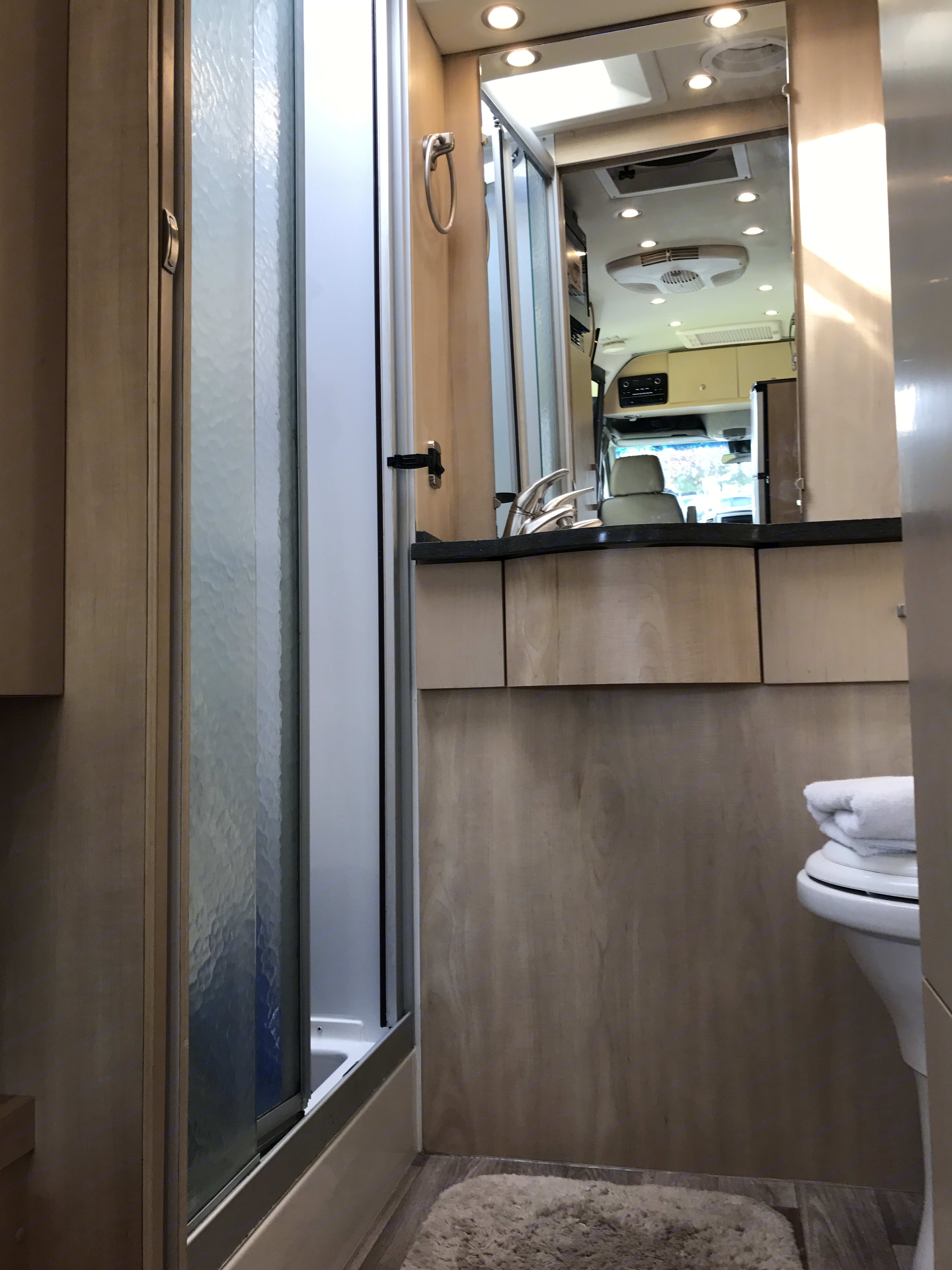 Beautiful bath with separate stand up shower. . Leisure Travel Free Spirit 2016