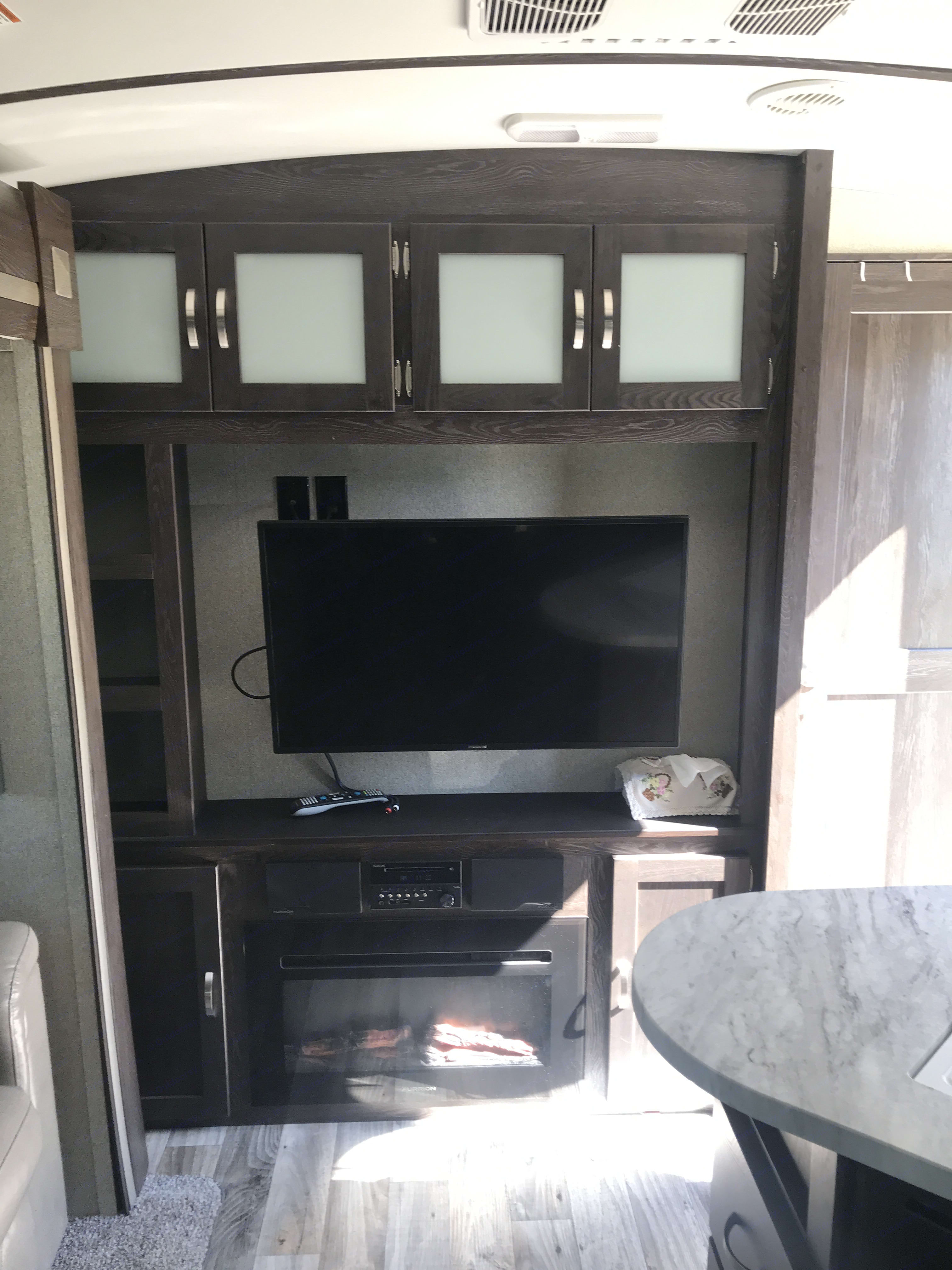 Electric fire place heater. Keystone Outback 2018