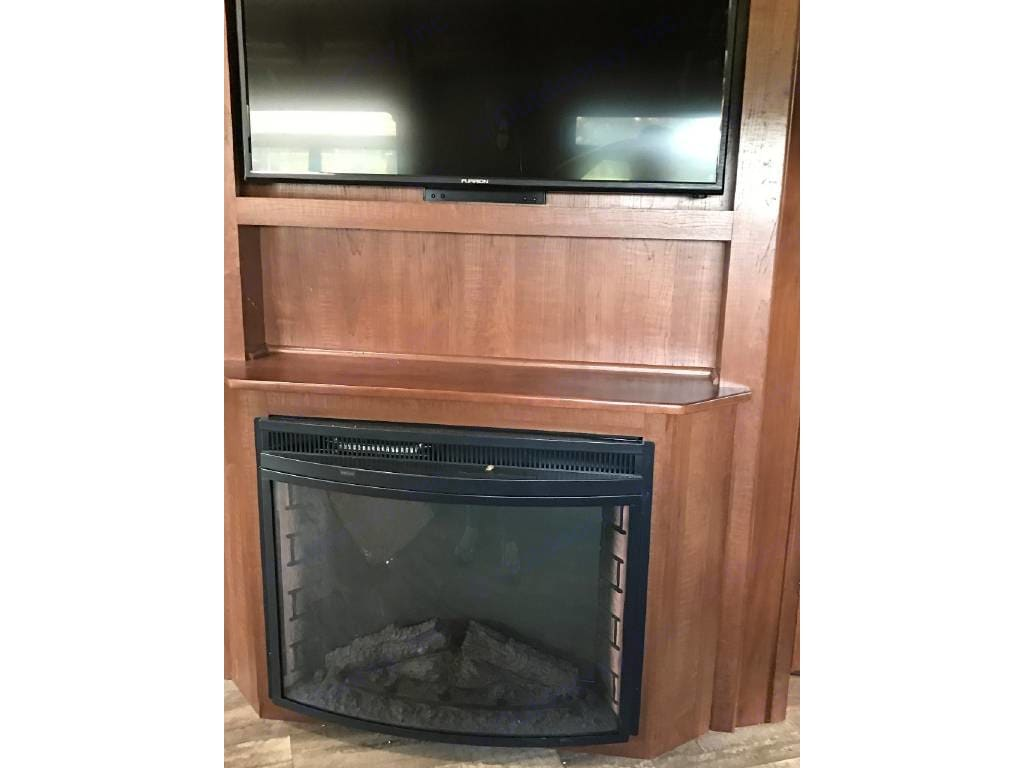 Fireplace and TV. Forest River Georgetown 2015