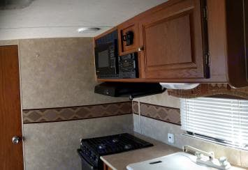 A full kitchen, room for more than just 1 cook!. Skyline Nomad 2009