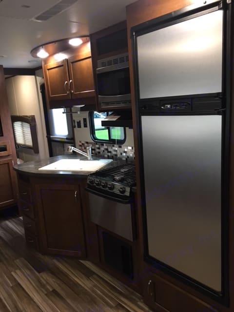 kitchen. Jayco Jay Flight 2017