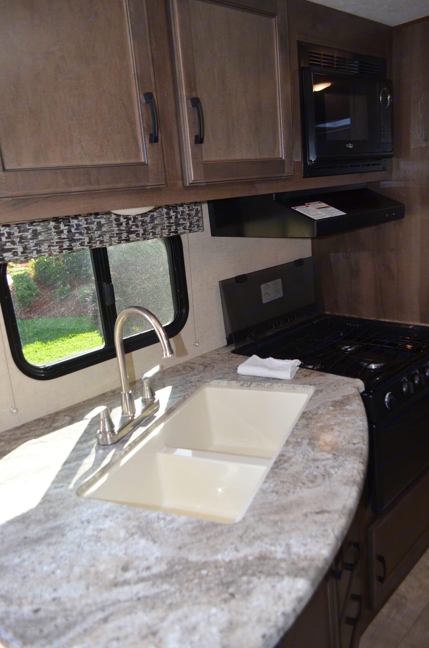 Kitchen sink. K-Z Manufacturing Other 2017