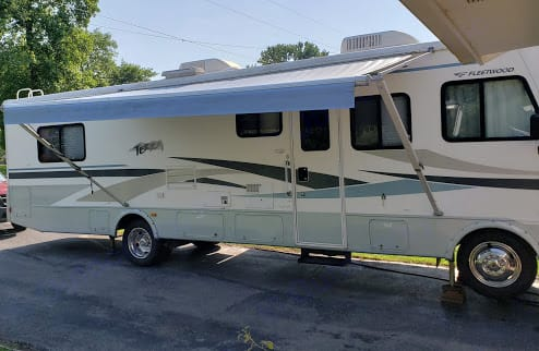 View with awning up.. Fleetwood Terra 2005