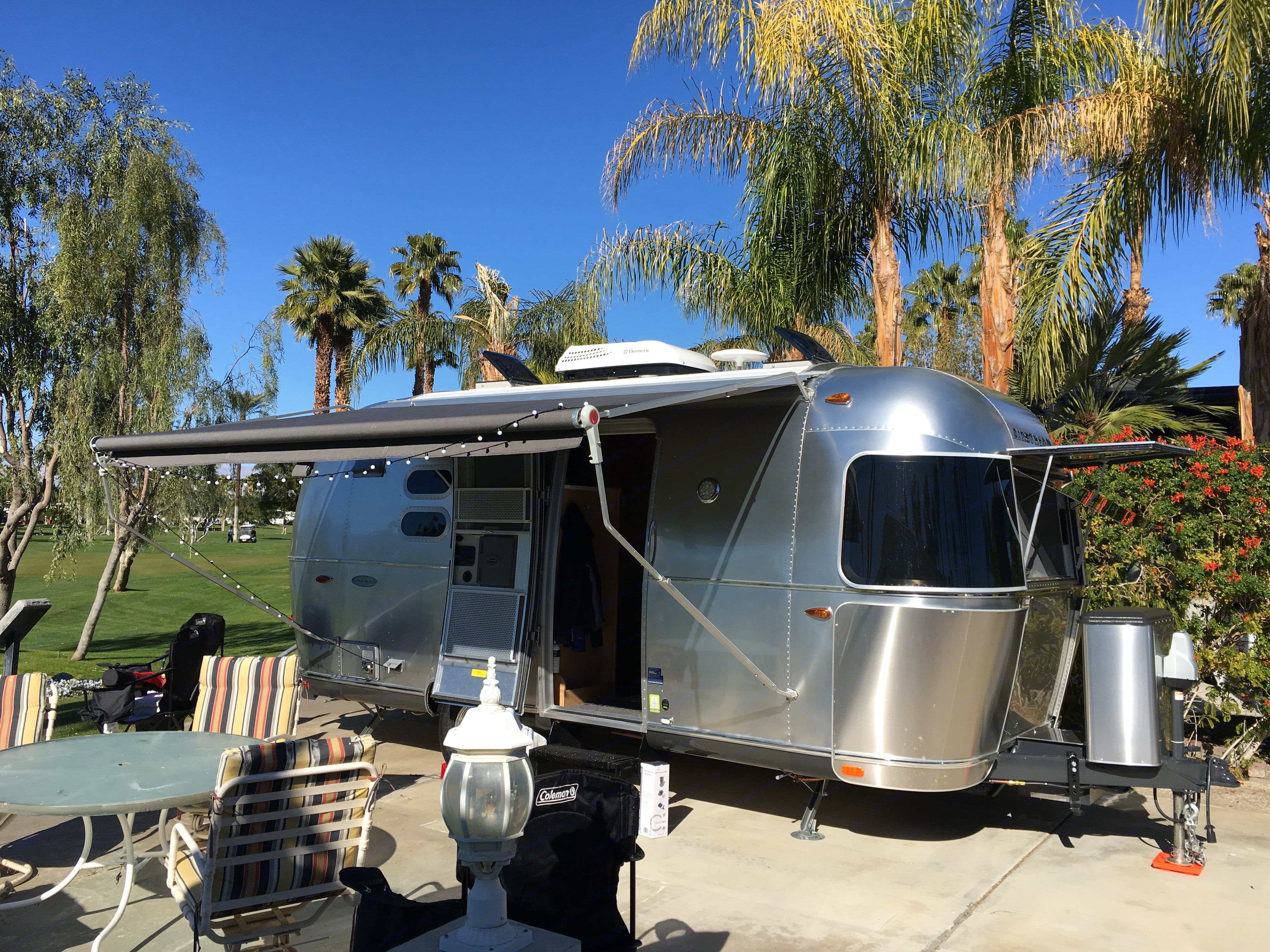All the comforts of Home to be able to hook-up to full, water sewer, electric, cable, etc like this fun spot in Palm Springs. Airstream Flying Cloud 2016