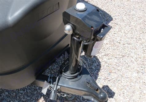 Power Tongue Jack. Forest River Cherokee Grey Wolf 2015