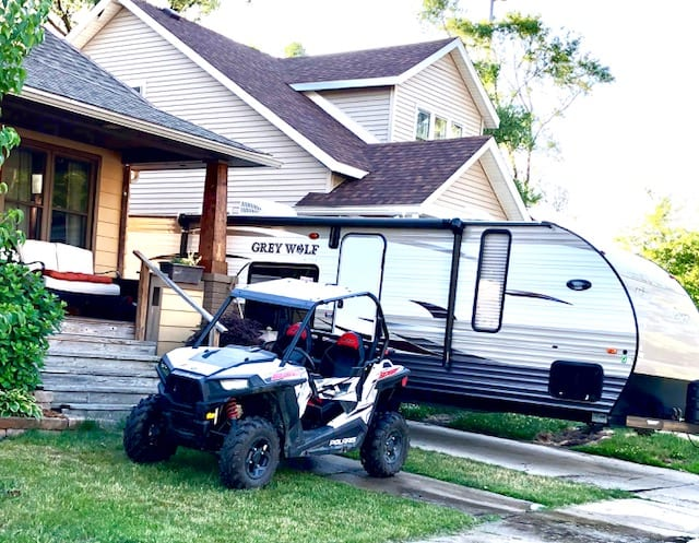 Large Enough to Fit a Polaris and a Golf Cart. Forest River Cherokee Grey Wolf 2015