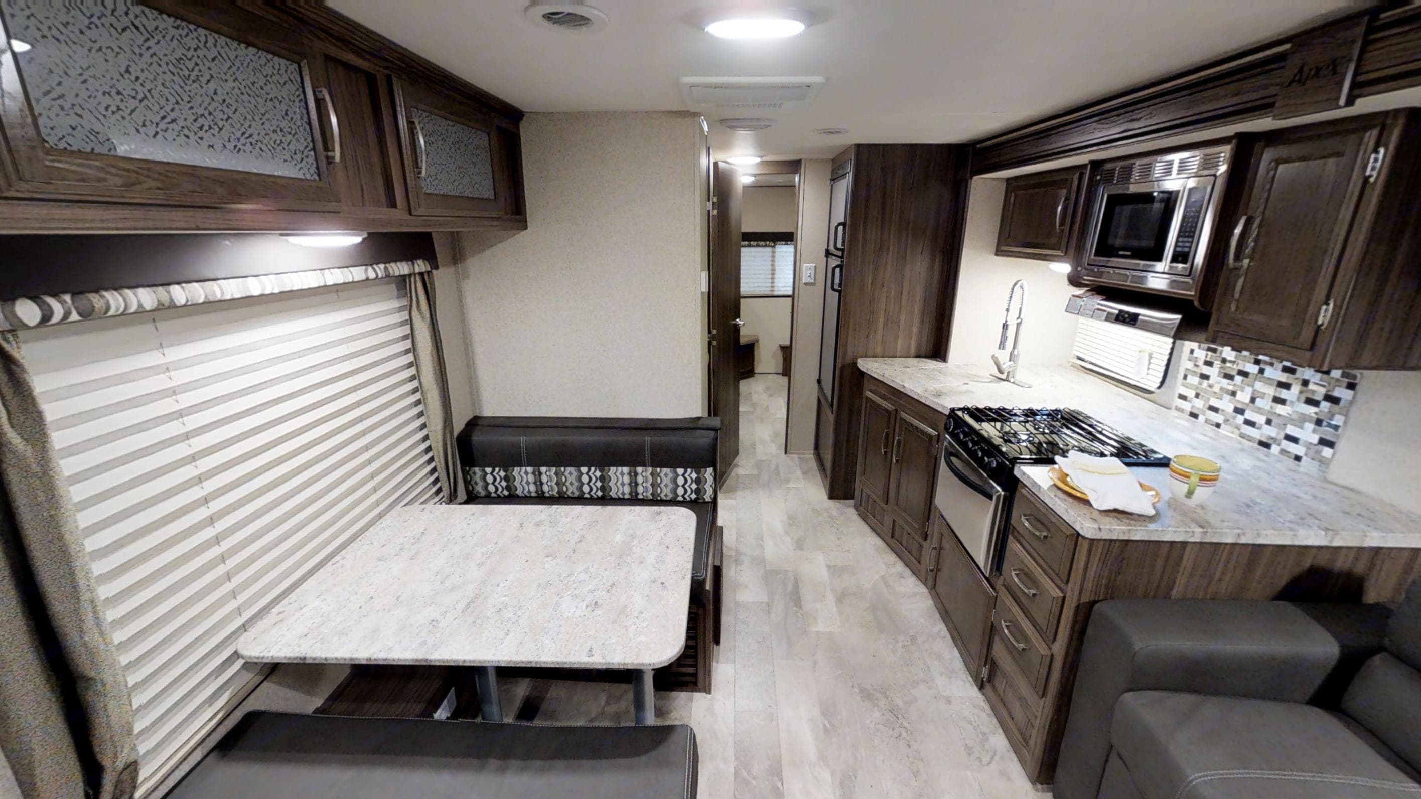 the view when you walk in. Coachmen Apex 2019
