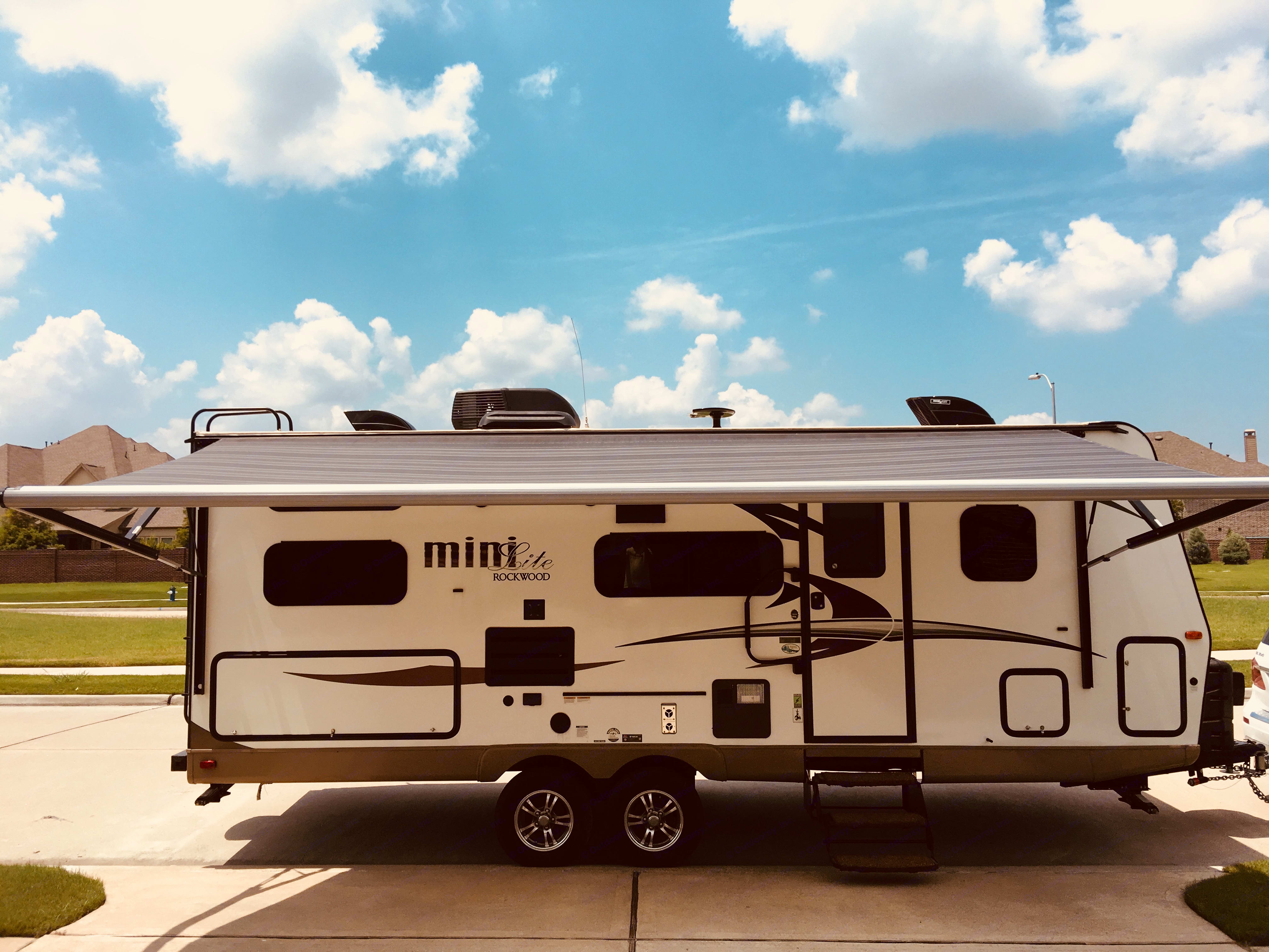 Extended awning. . Forest River Rockwood Mini Lite 2509S 2018