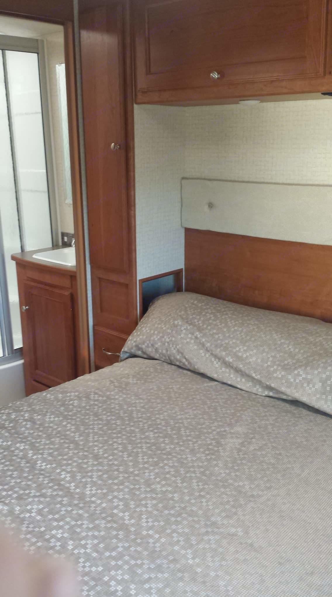 Master Bedroom. Winnebago Vista 2016