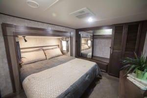 King Size bed. Open Range 371 MBH 2017