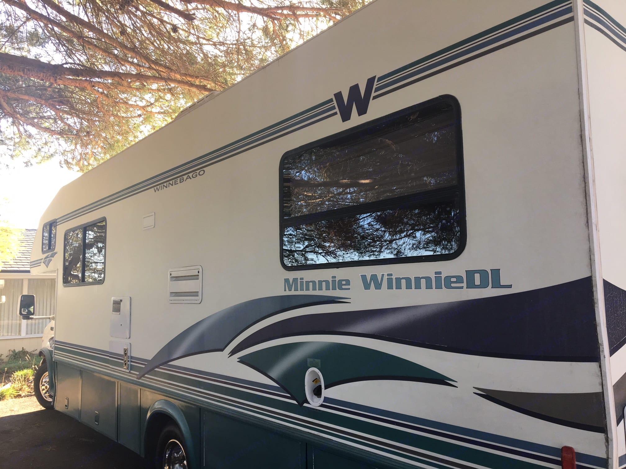 Winnebago Minnie Winnie 1999