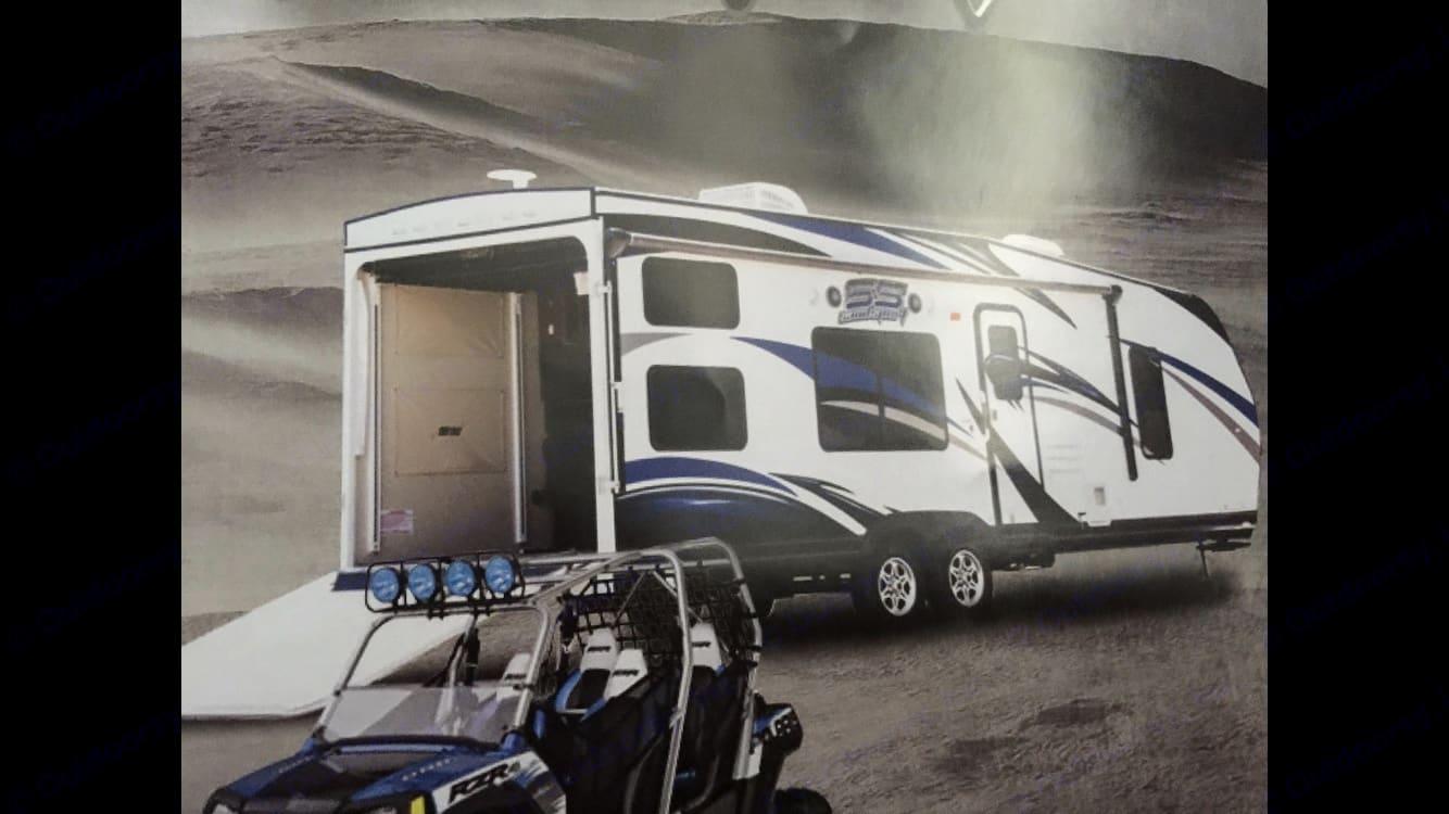 Stock photo of the exterior . Pacific Coachworks Sandsport 2015
