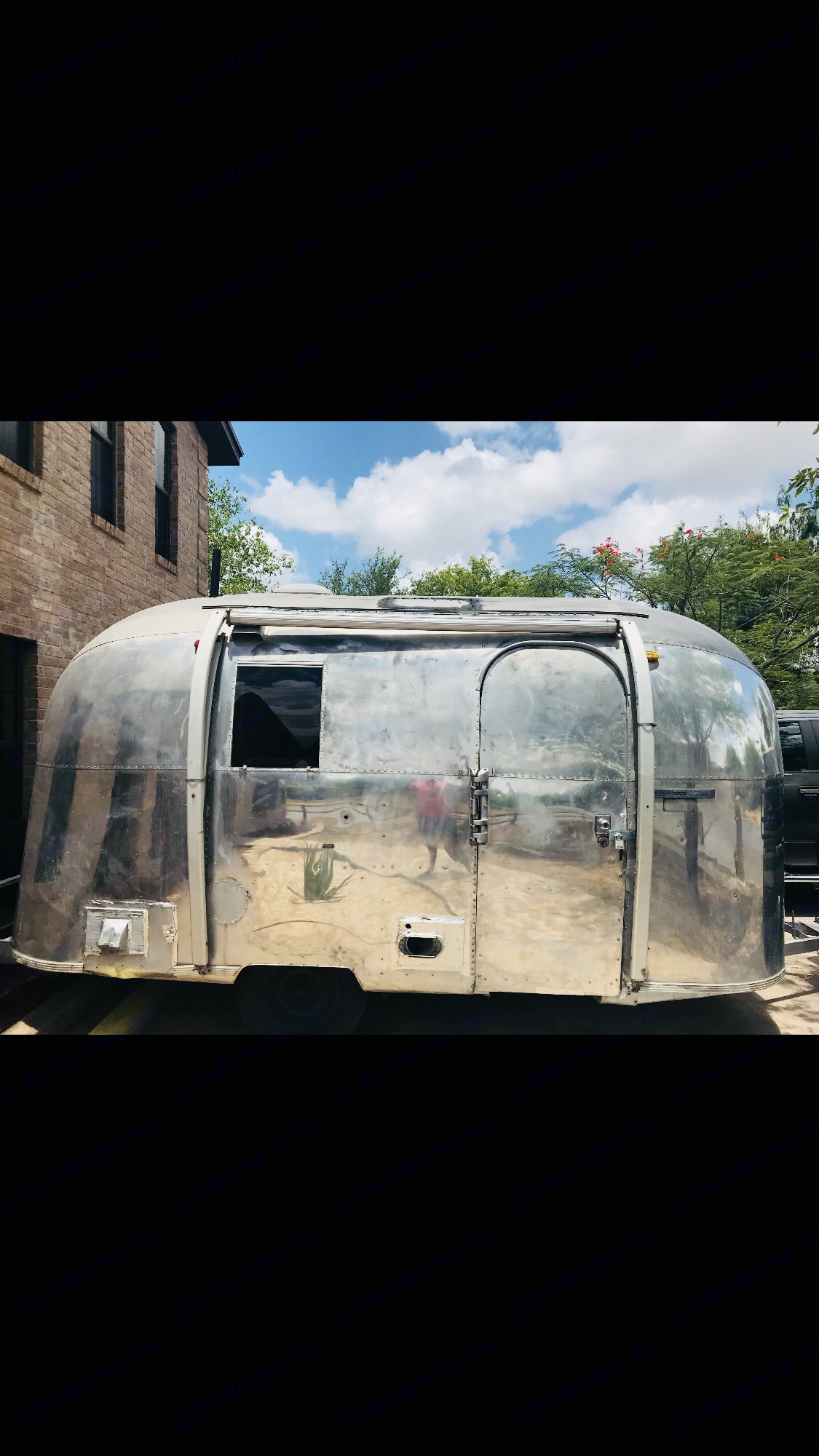 Airstream Classic Limited 1967