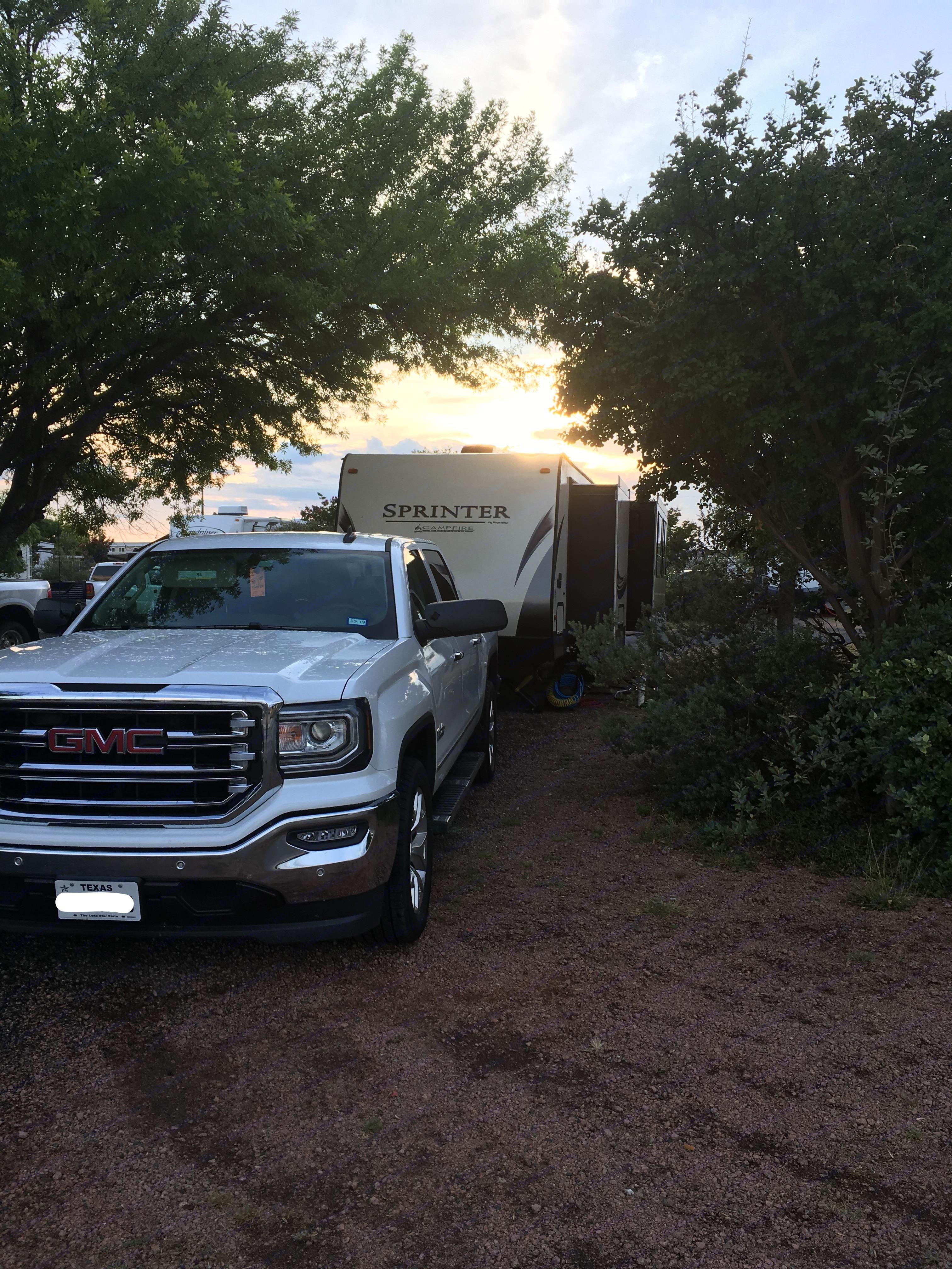 Set up at Jellystone in Kerrville, TX. Keystone Sprinter Campfire 2017