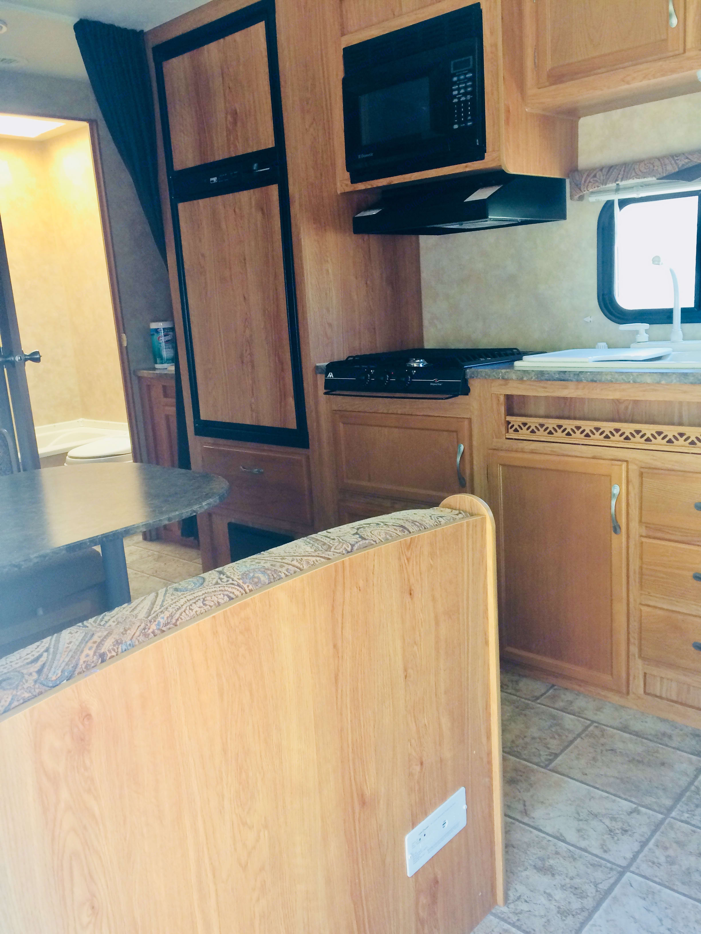 Fridge and freezer provide ample space for food and drink. Kitchen really clean and east to use.. Jayco Jay Flight 26BH 2010