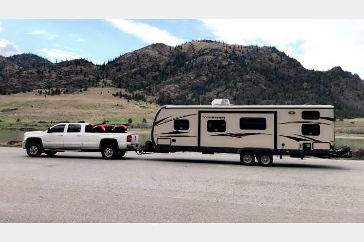 Time for a getaway! Sleeps 10!. Keystone Outback Terrain 2014