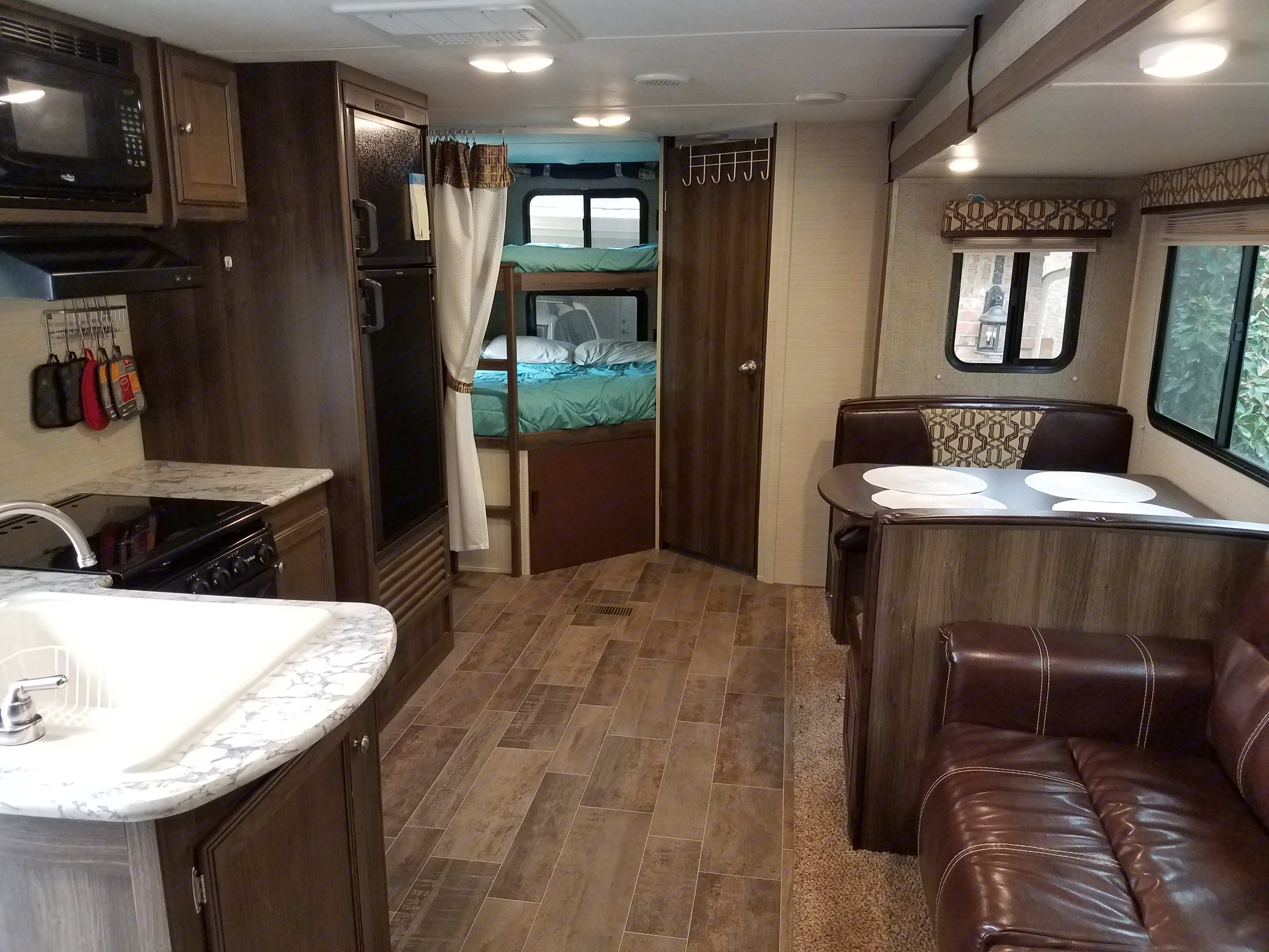 Nice and open concept. . Keystone Bullet 2017