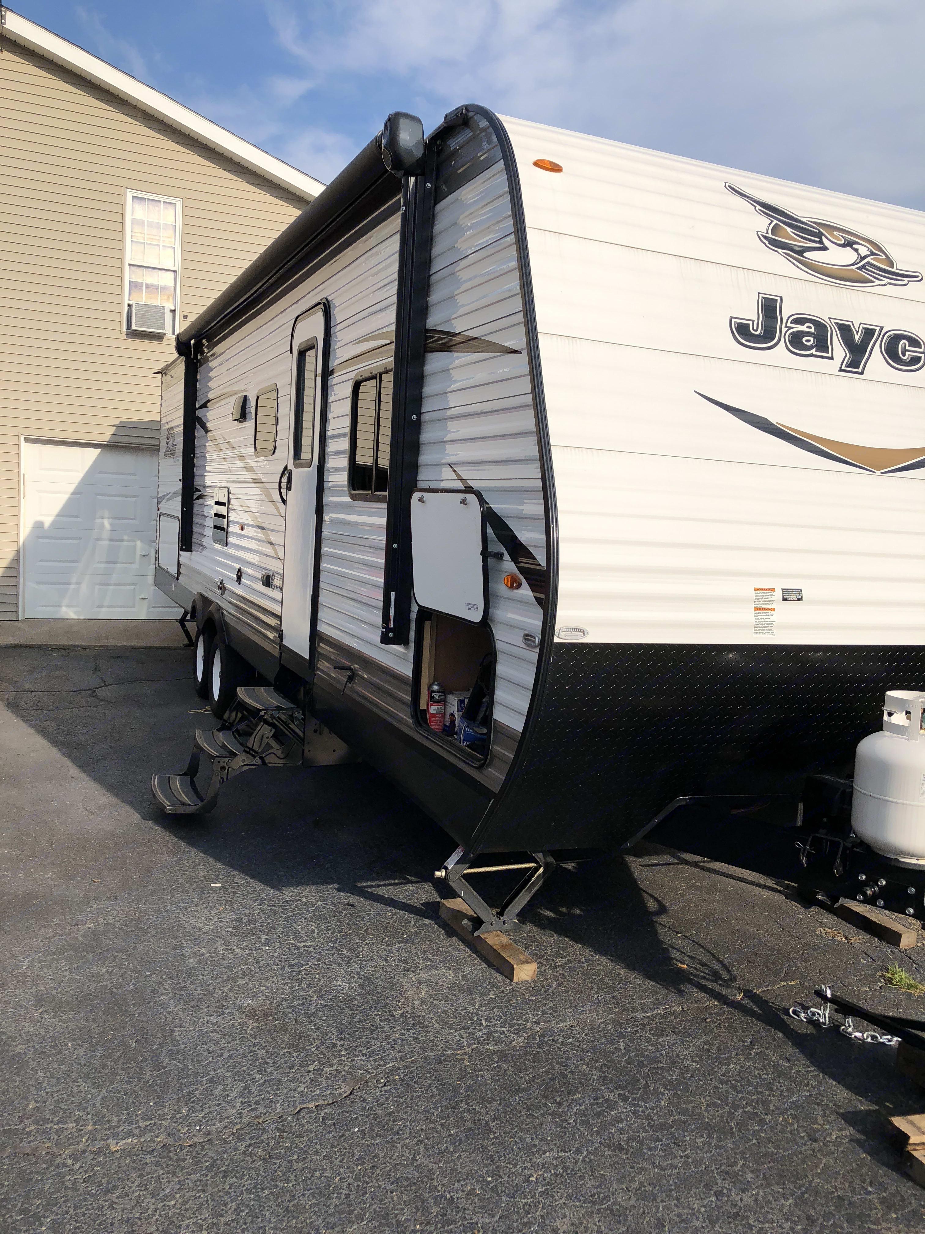 Outside view. Jayco Jay Flight 2018
