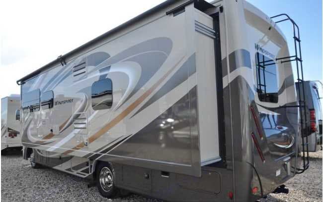 Rear Pop Out and driver side. Thor Motor Coach Windsport 2018