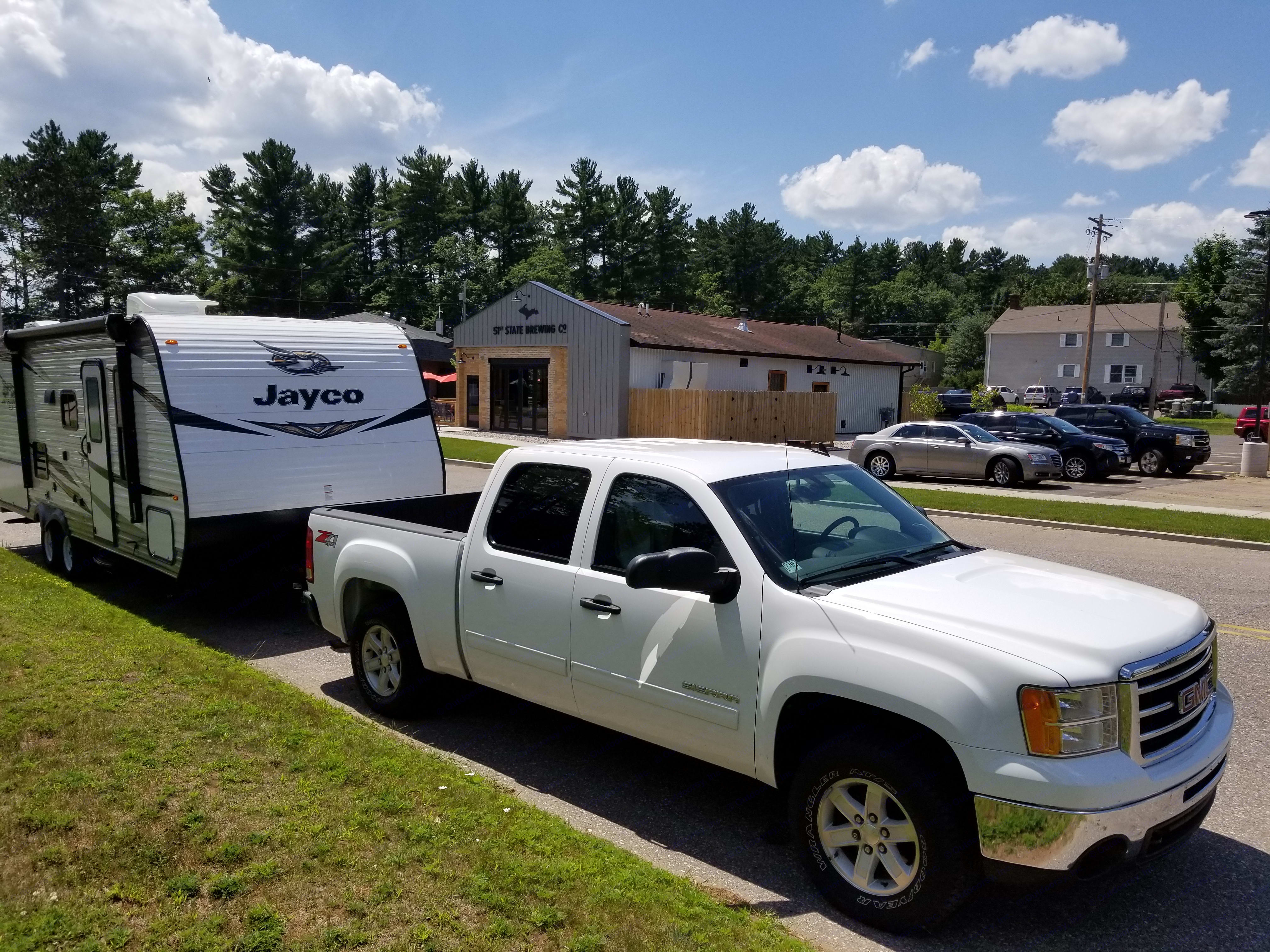 We will deliver our camper to you and set it up (required). No extra charge. . Jayco Jay Flight SLX 224BH 2019