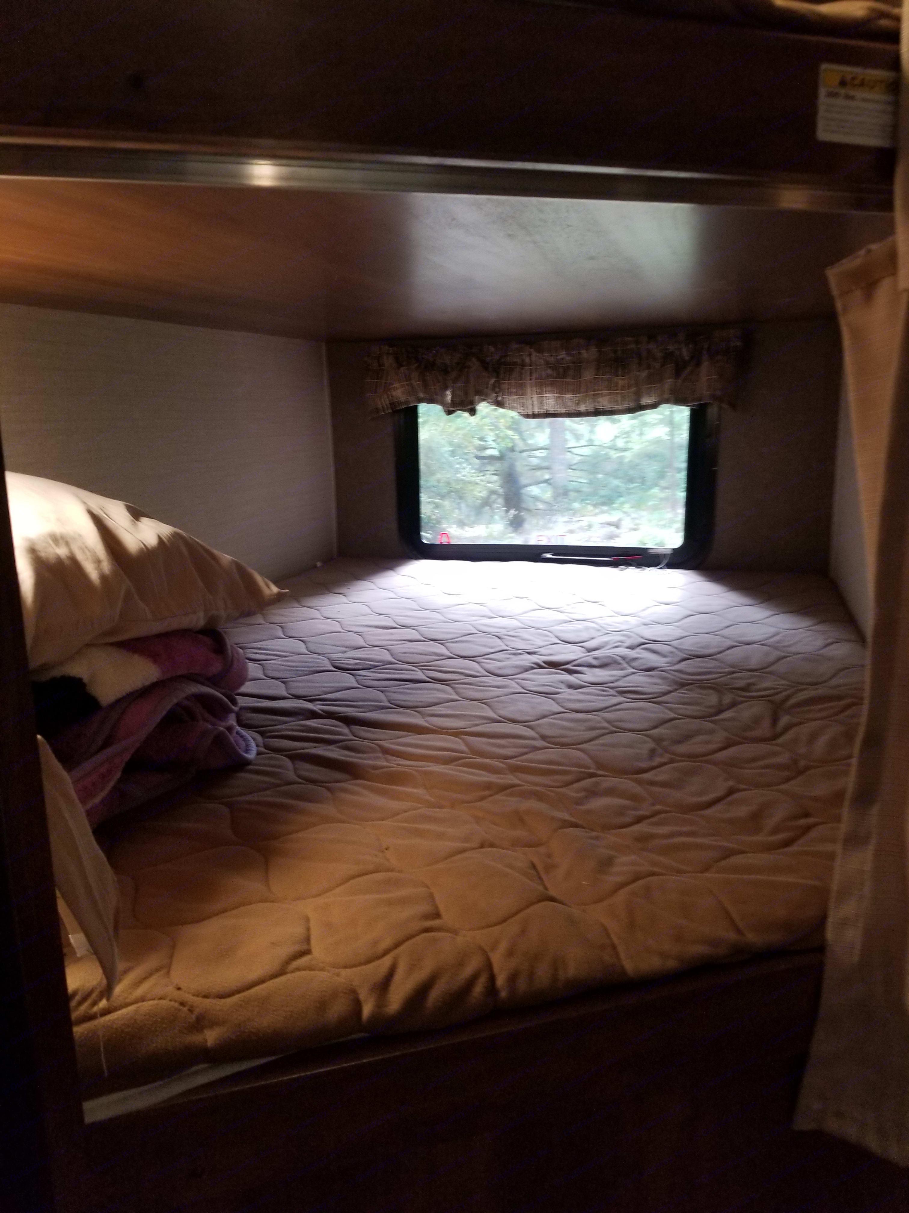 Top bunk. Keystone Springdale 2016
