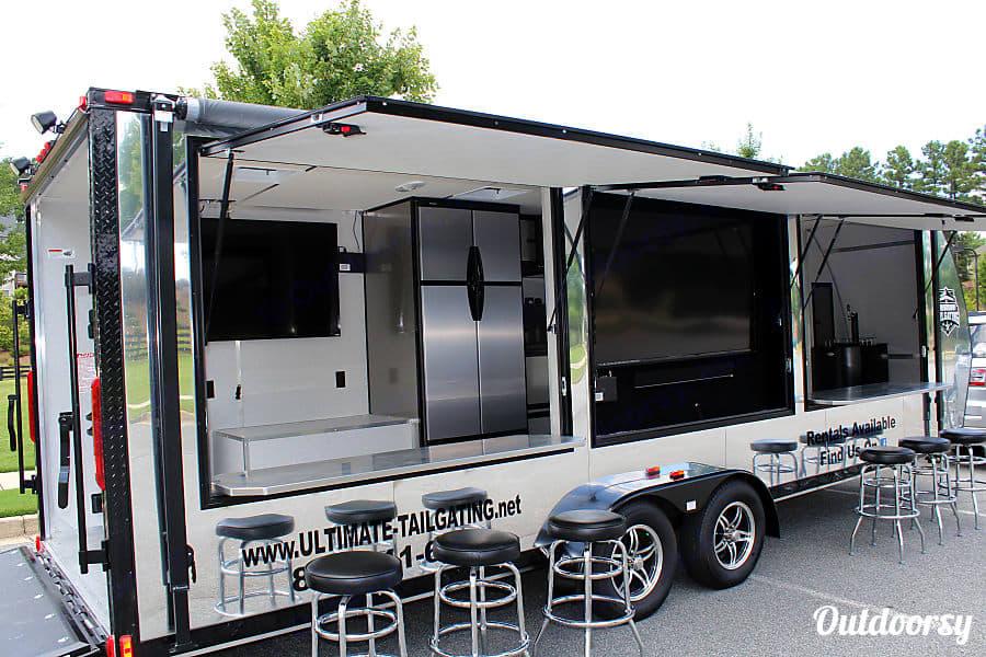 GameDay Tailgater V R V 510 Camping / Cargo Trailer 2014