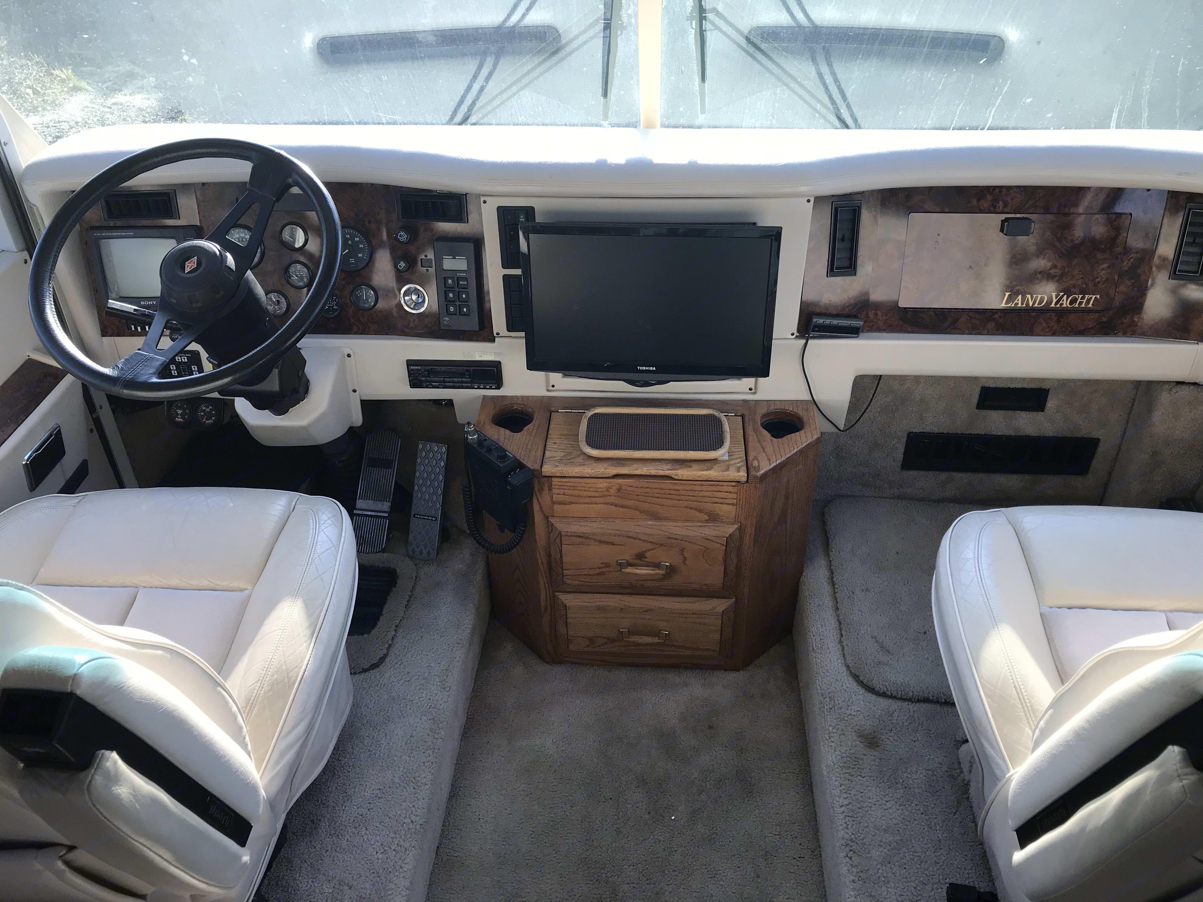Airstream Land Yacht 1993