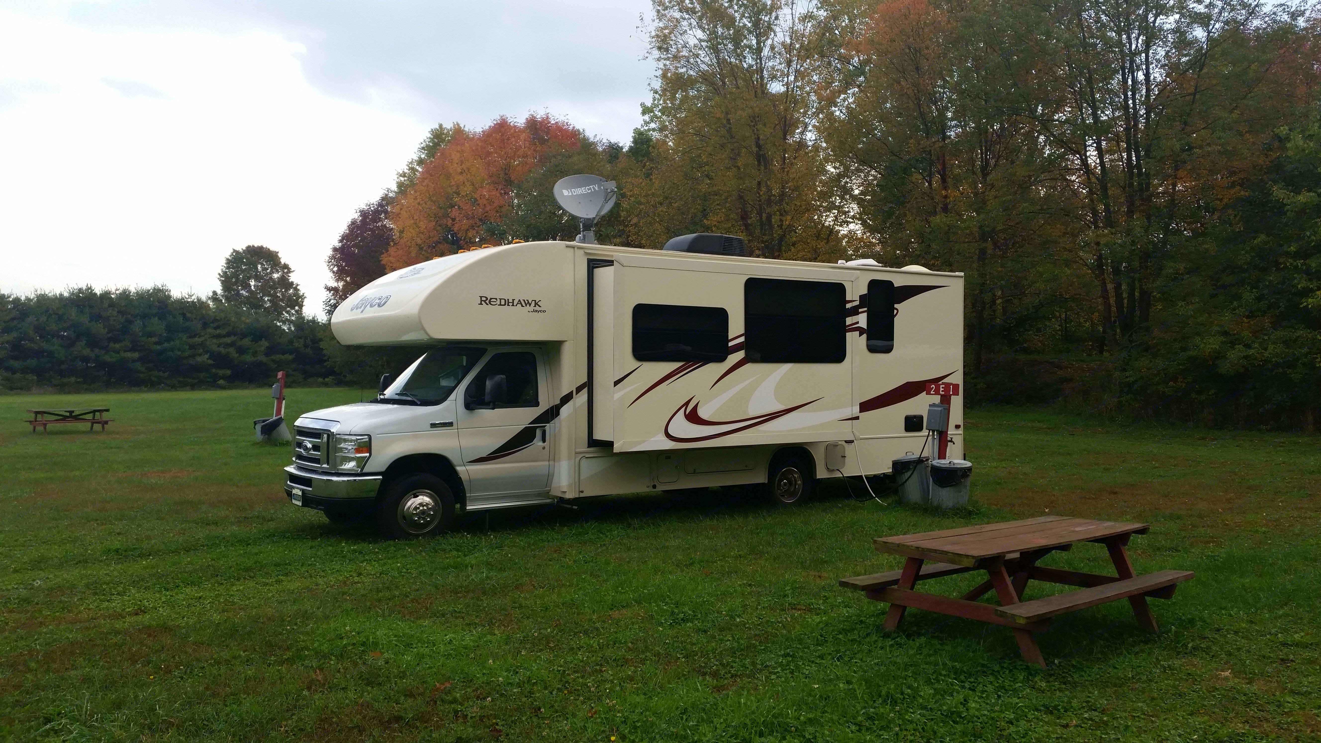 Camping in Tennessee. Jayco Redhawk 2016